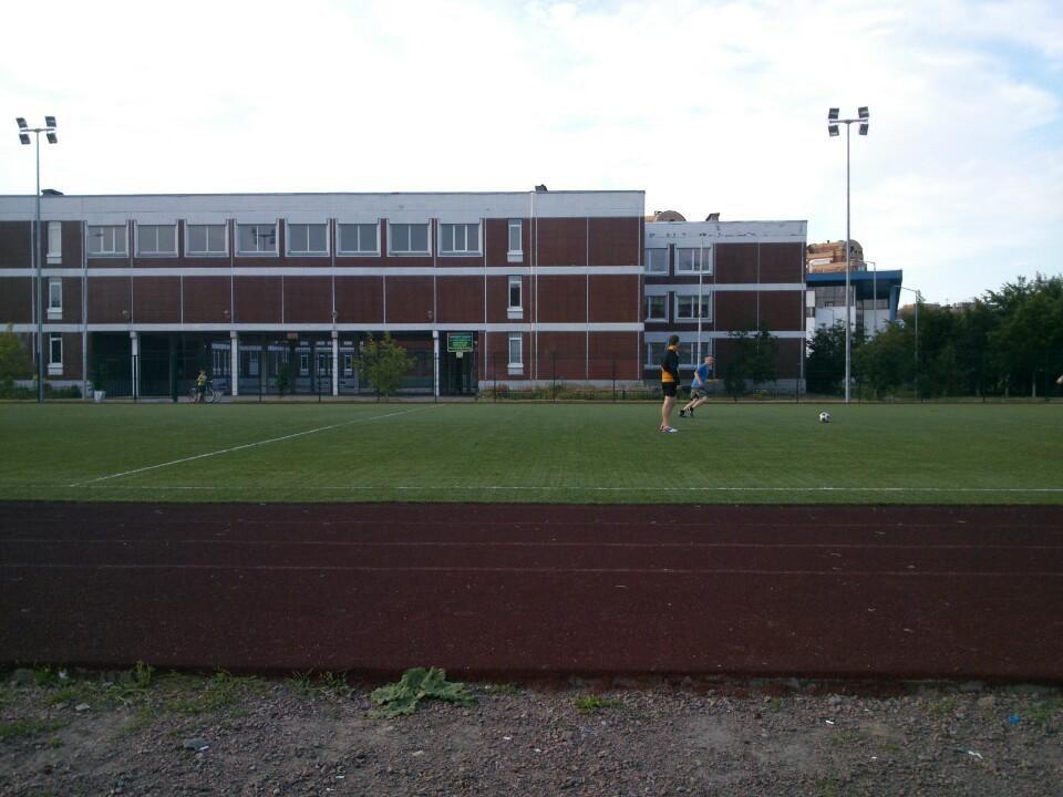 Стадион школы 644 — фотография 1