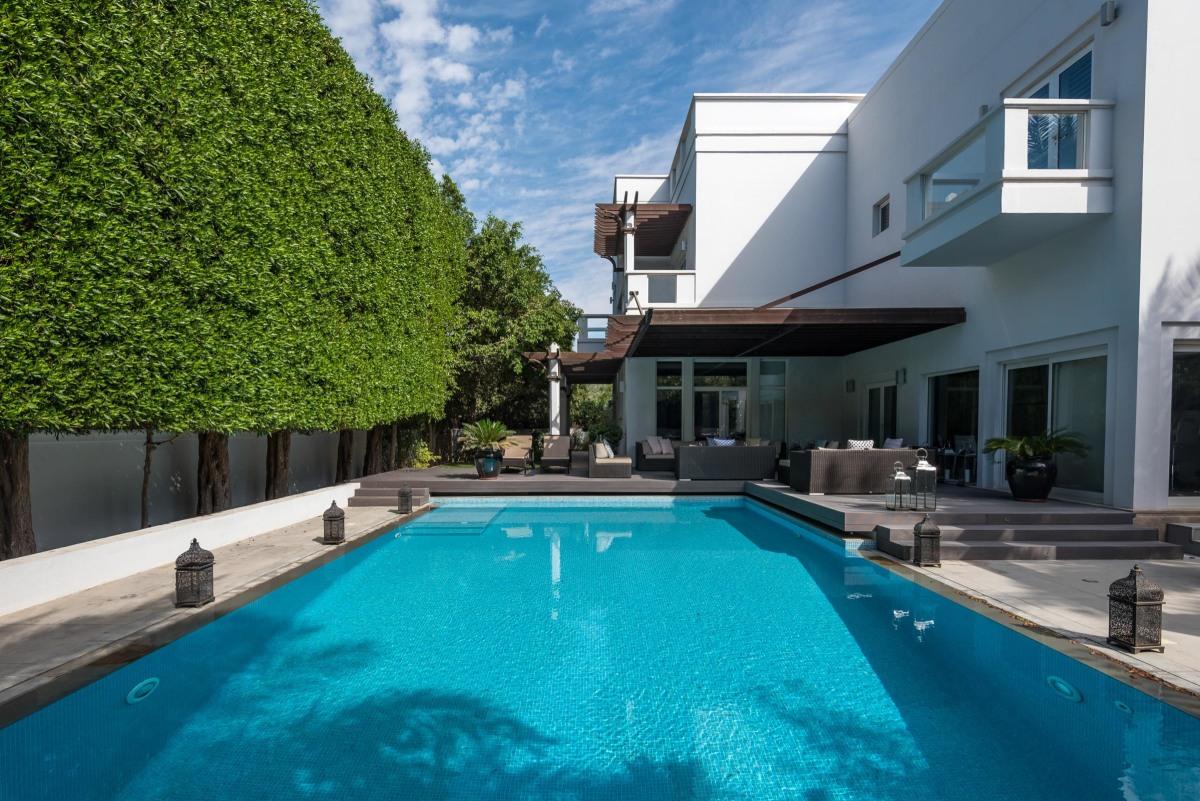 Upgraded Contemporary Family Villa Emirates Hills