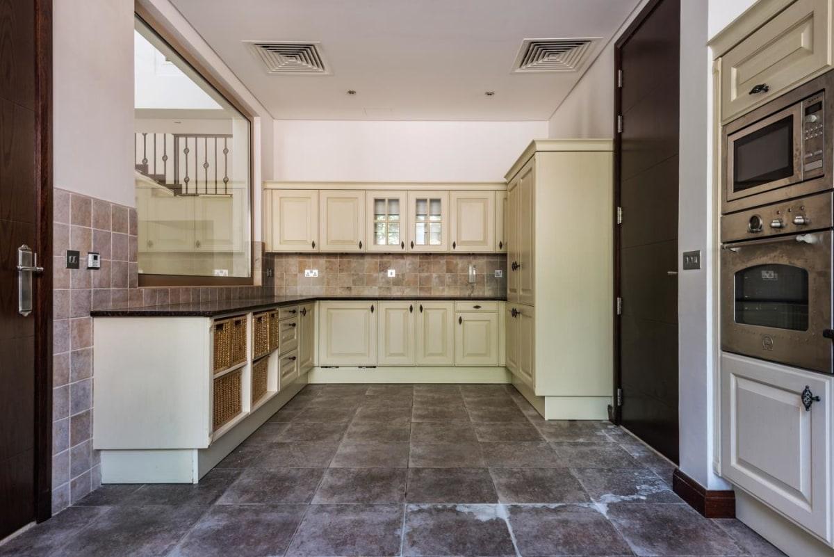 C Type Al Barari Villa 6 Bedroom Hot Deal