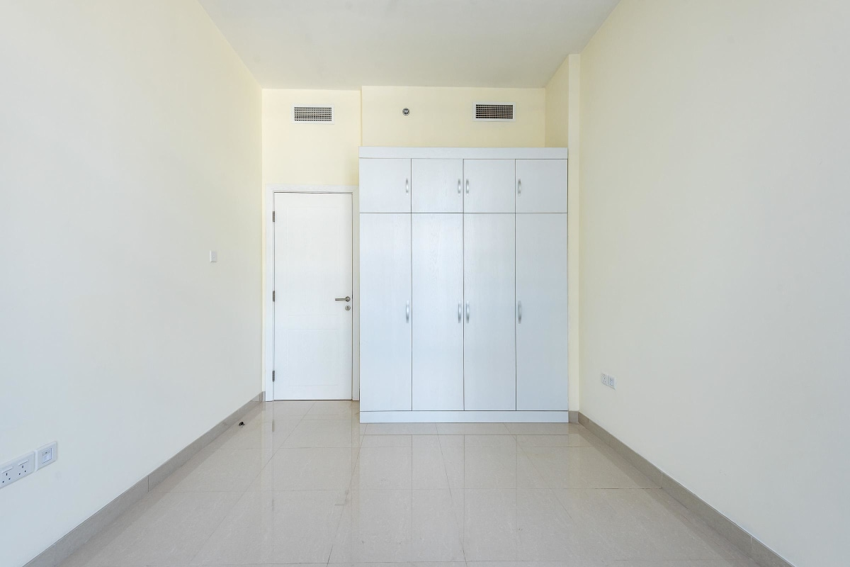 Three Bedroom | Mid Floor Unit |For Sale