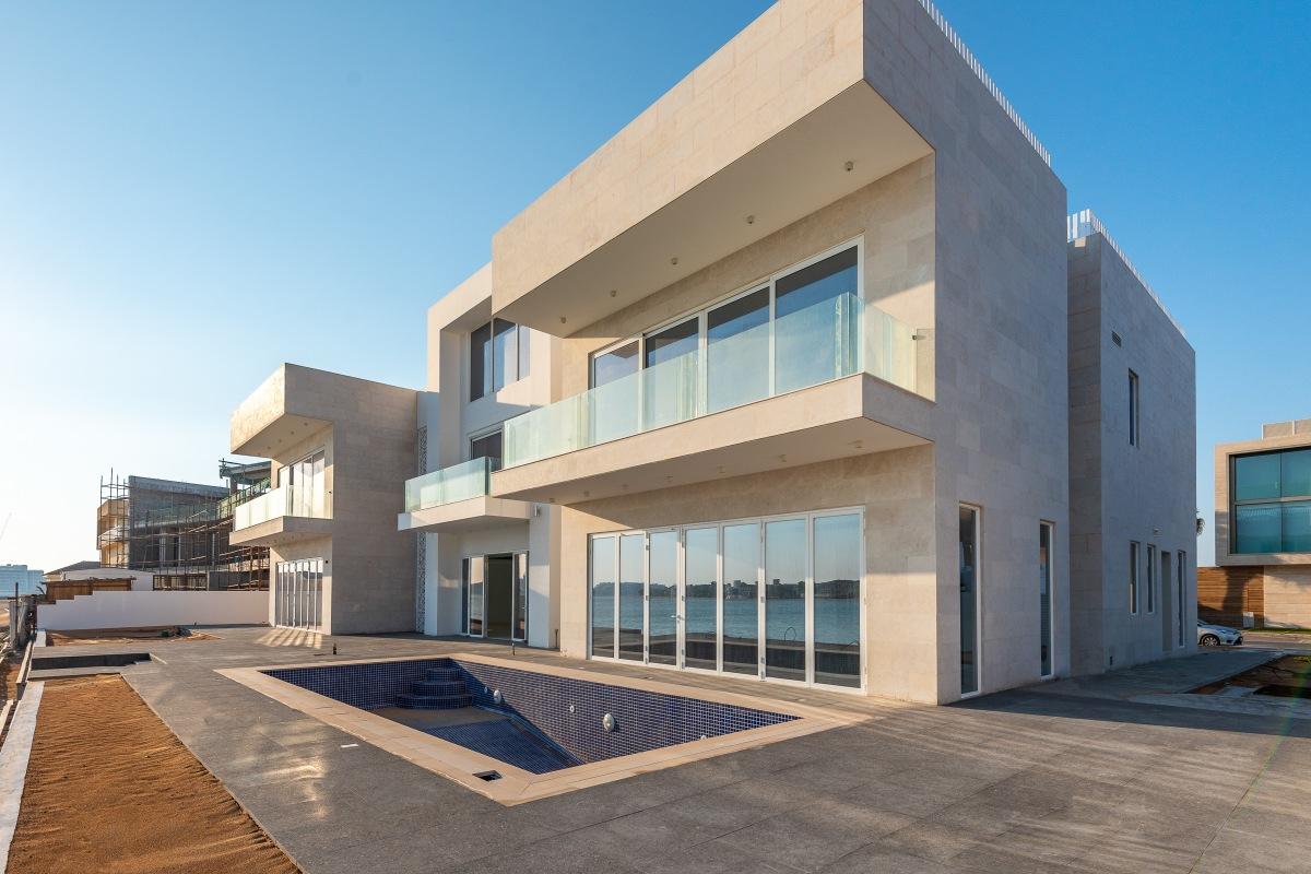 Upgraded Luxury Custom Villa on the Palm