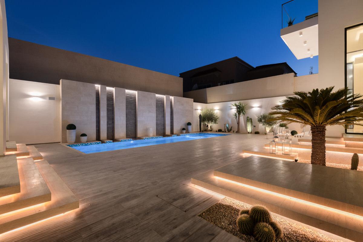 Extraordinary Properties: 5 Brandah Street, Jumeirah