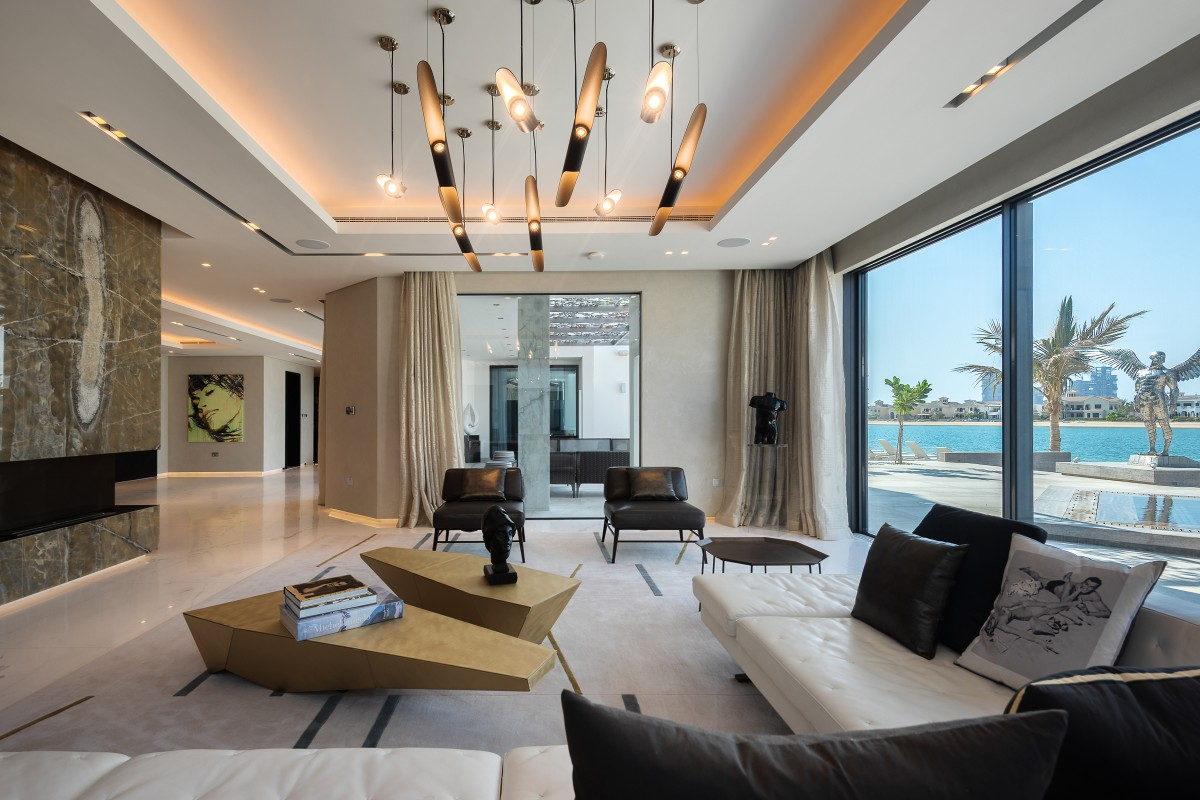 Record Breaking AED 810 Million in Luxury Property Sales