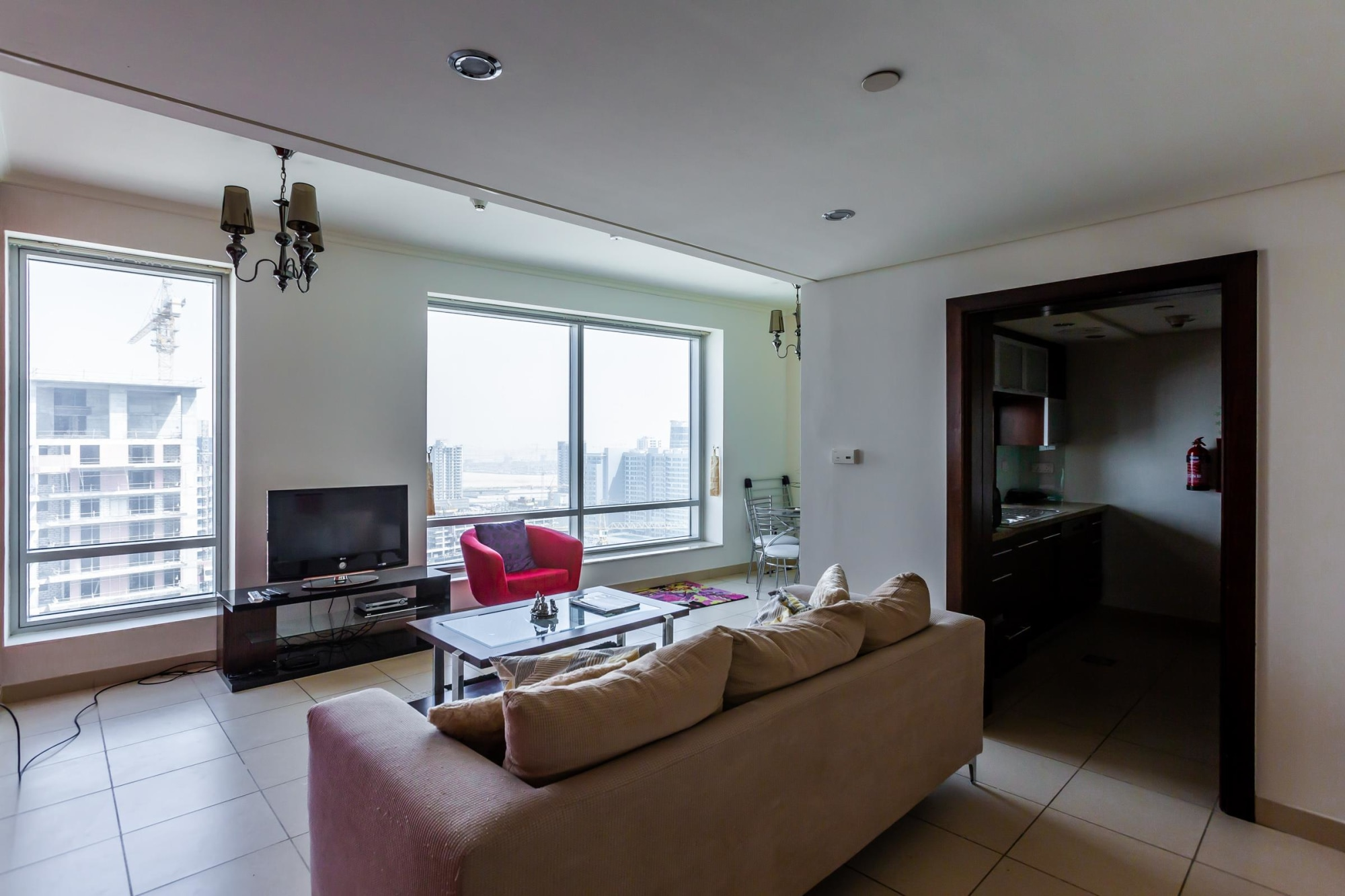 Beautiful One Bedroom Apt in Burj Views