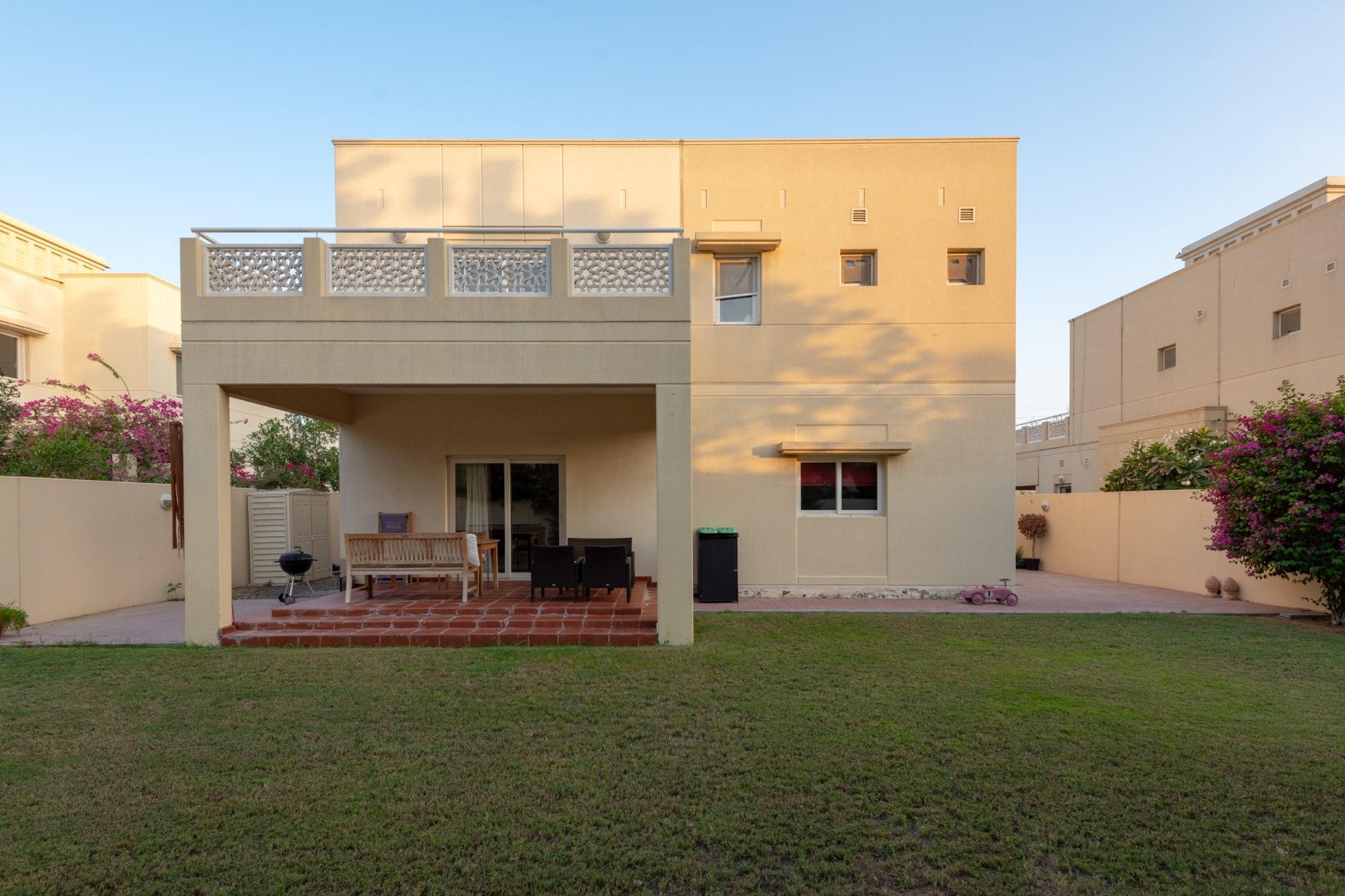 Exclusive Well Presented 4 Bedroom Villa