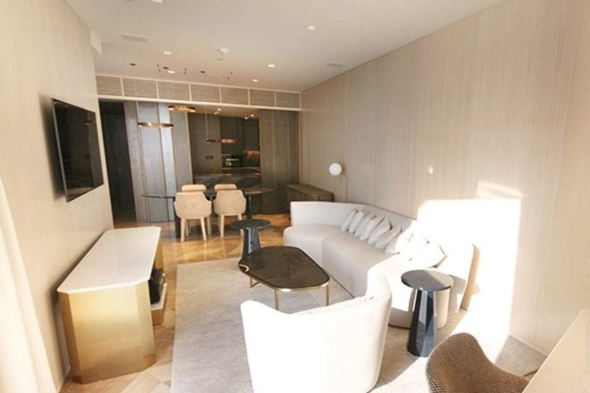 Fully Furnished| 5* Hotel | Beach Access