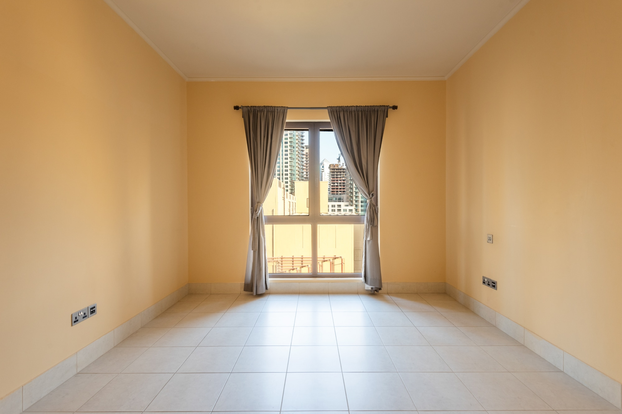 Well Priced One Bed Apartment| Yansoon 6