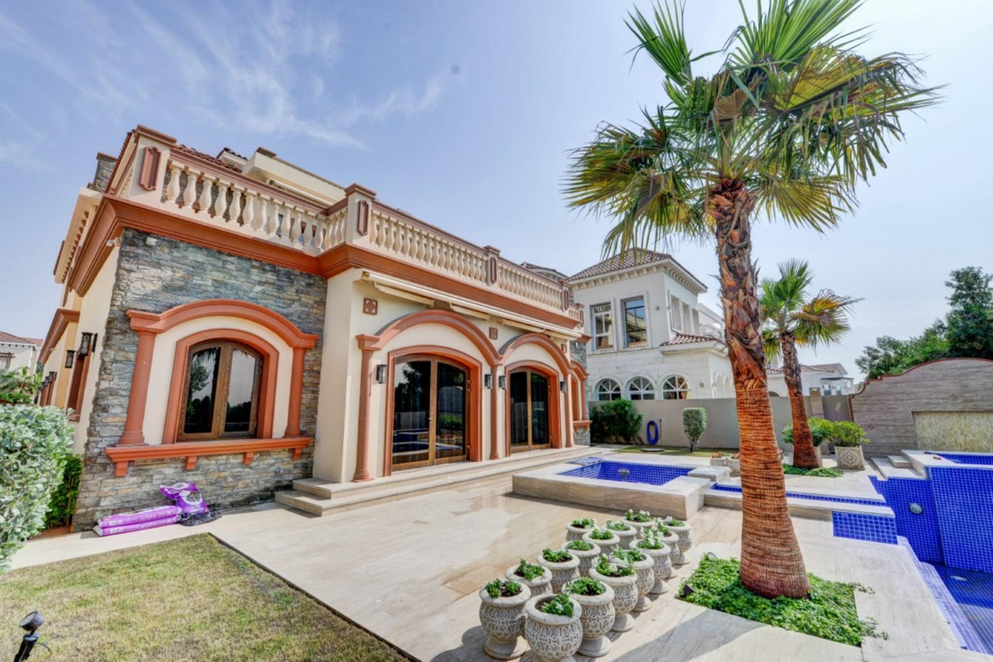 Brand new luxurious 5 bedroom villa  JGE