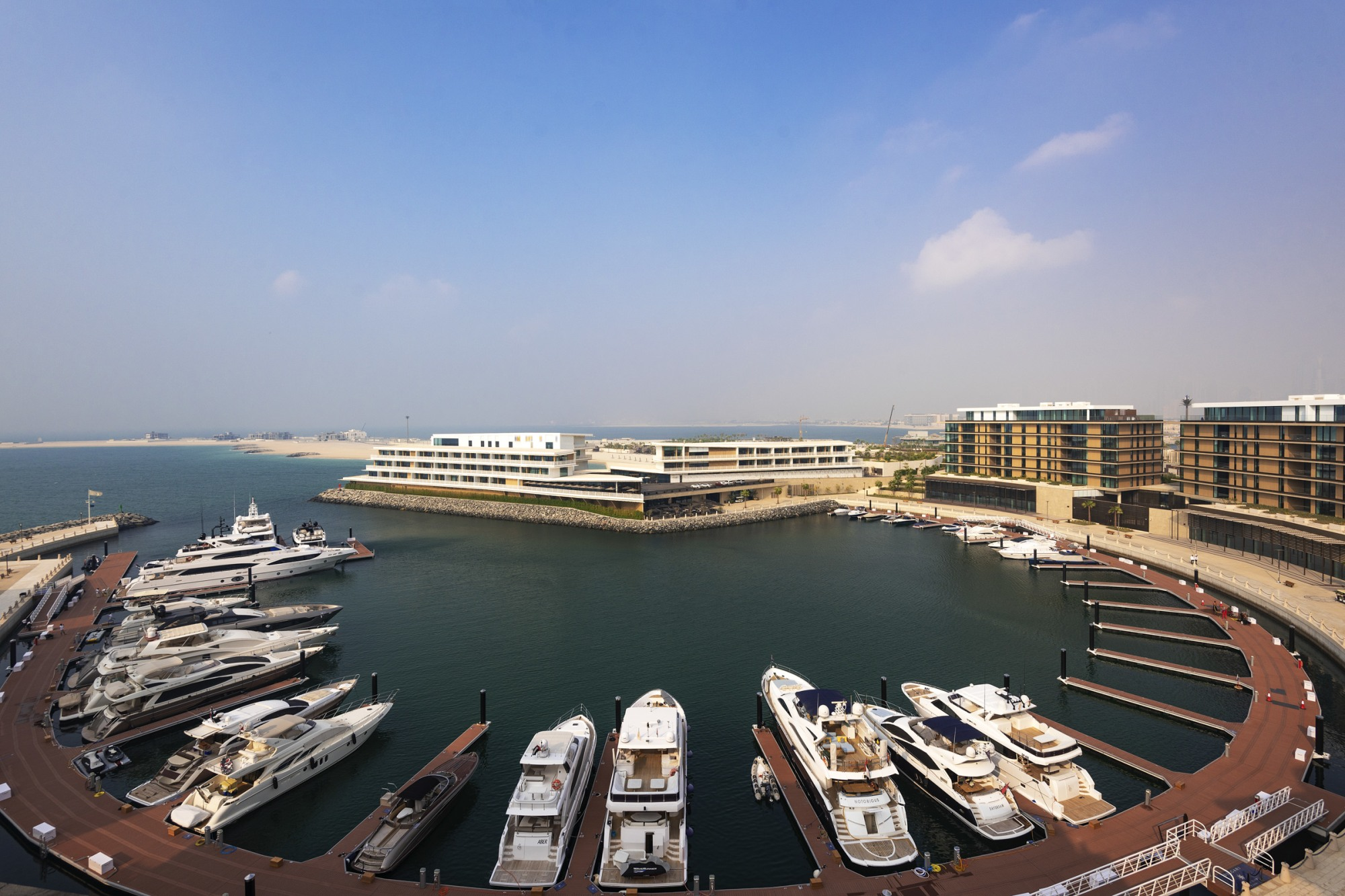 Marina View | Branded Apartment | Luxury Living
