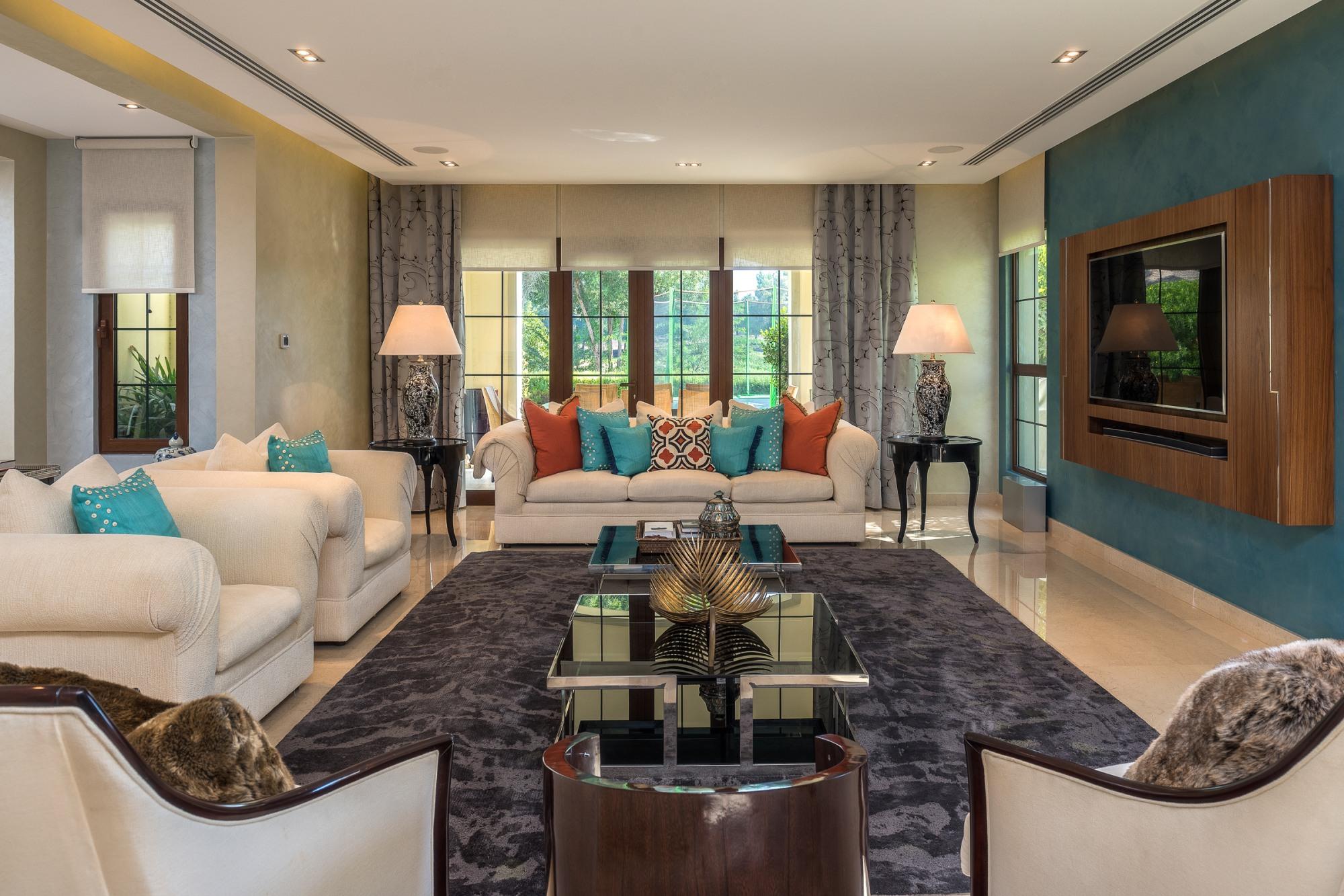 Fantastic Upgraded Terragona | Family Villa