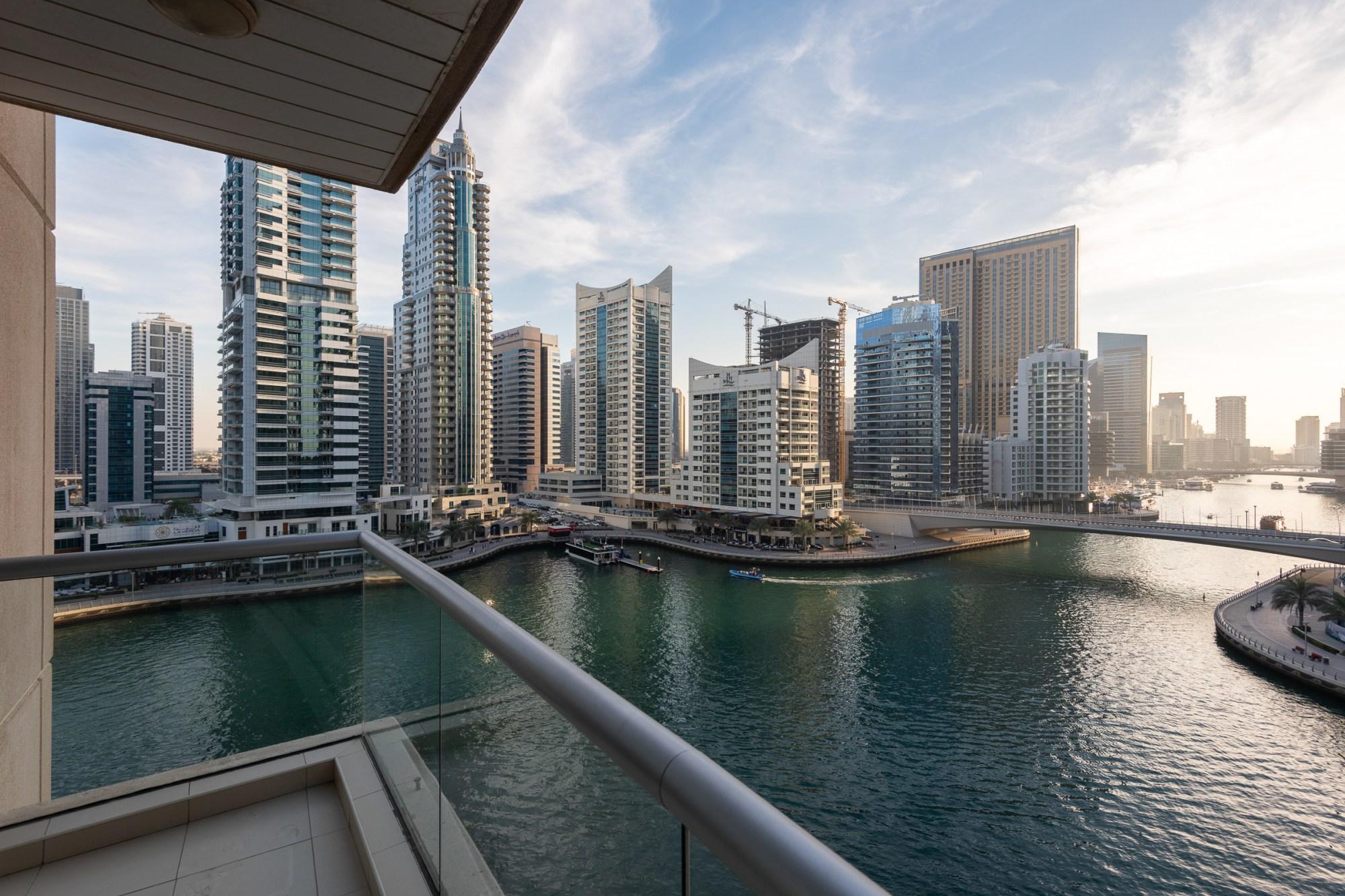 Spacious 2 Bedroom With Marina Views