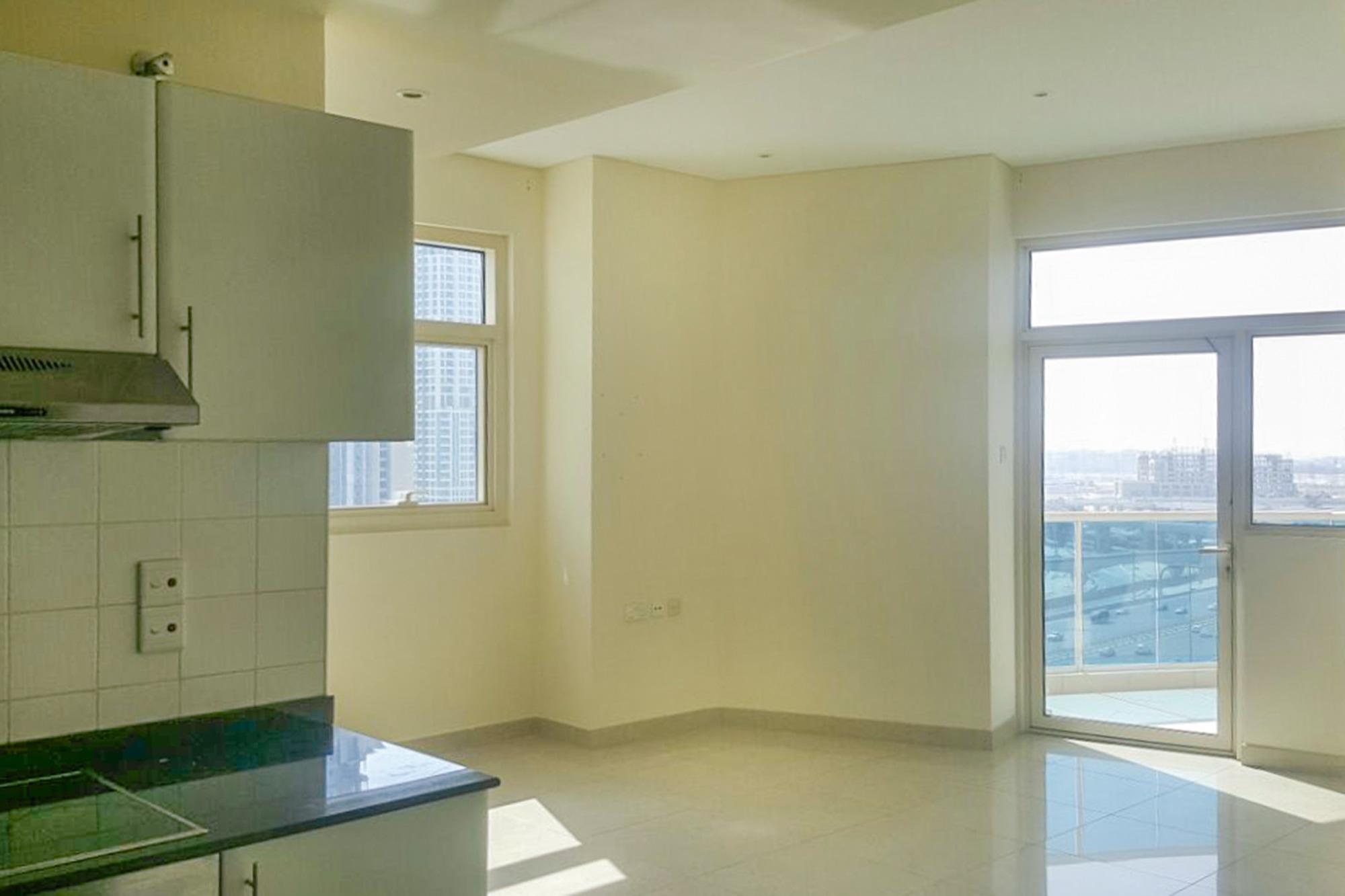 Investors Deal Studio | Metro Spot | Dubai Marina