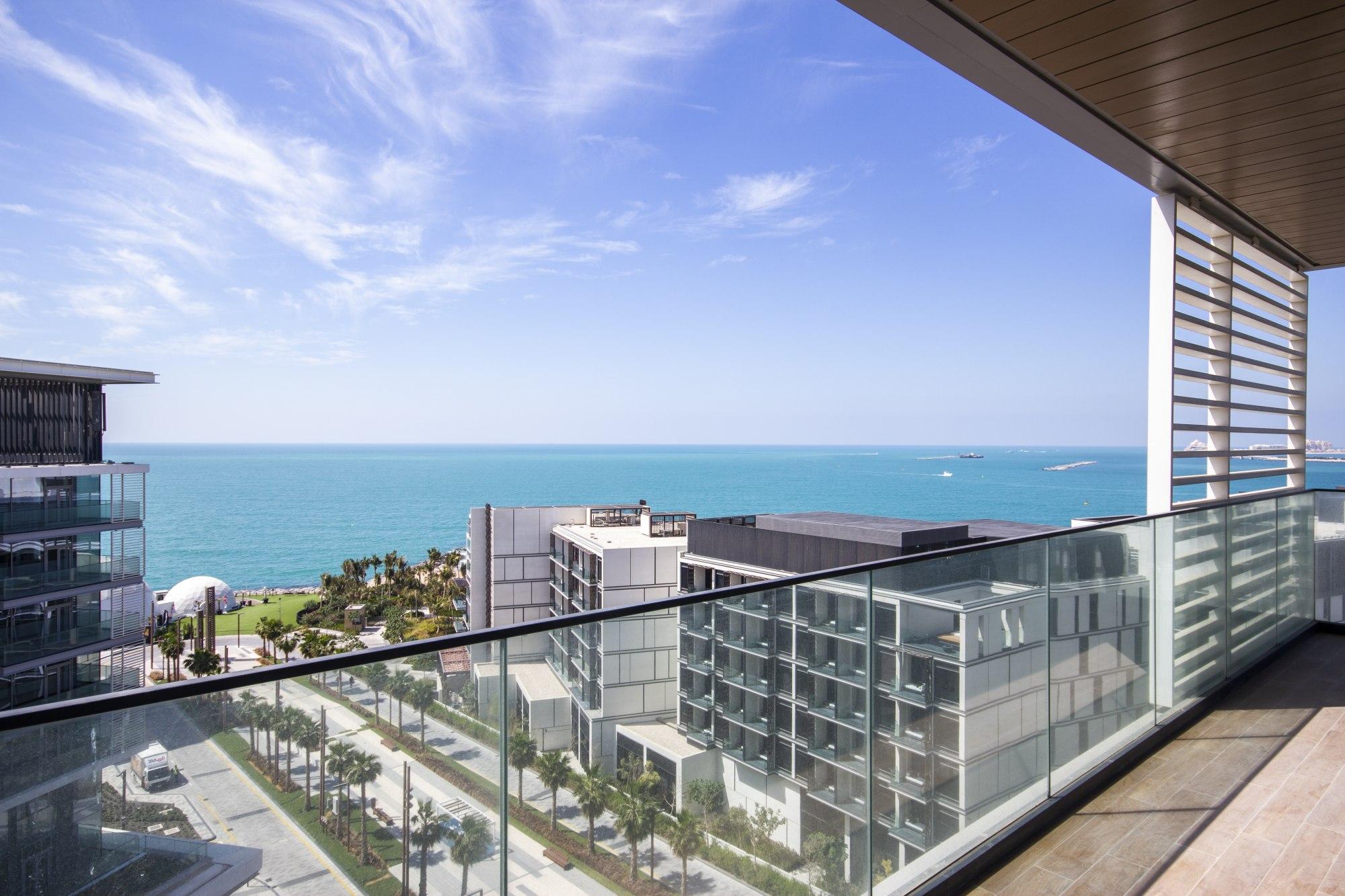 New 04Bed Apt | Sea View | Urban Island Living