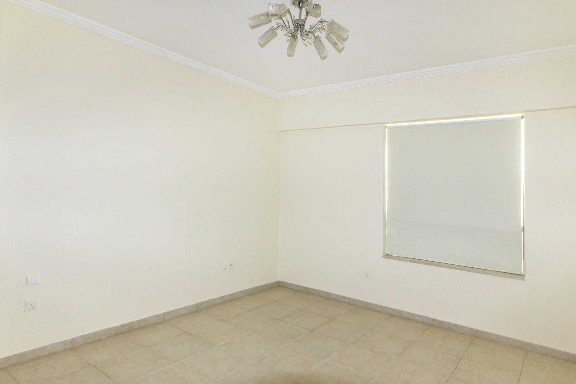 Large 2 Bedroom | Emaar | Parking Spot by Door