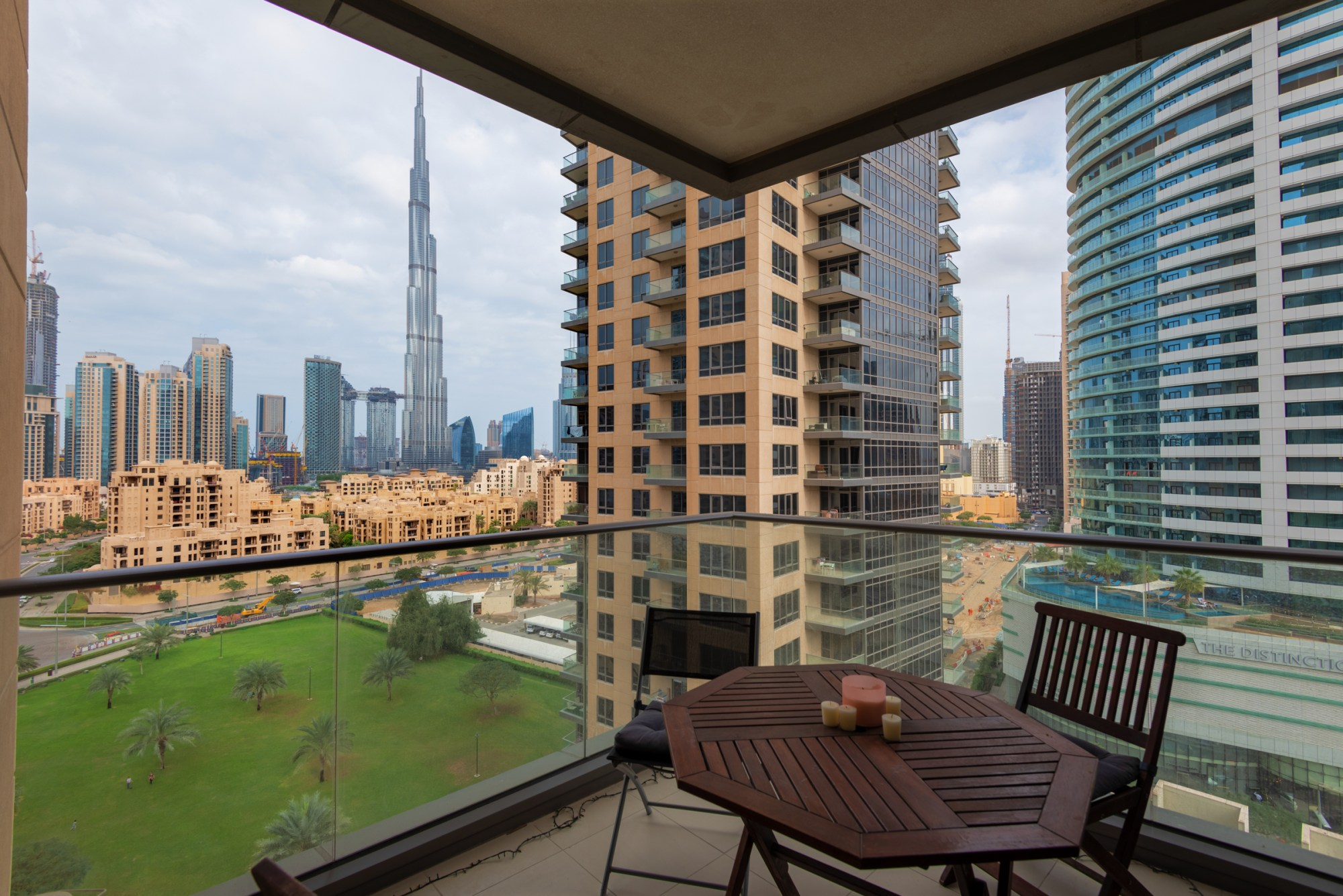 2 Bed | Burj Khalifa View | Investment Opportunity