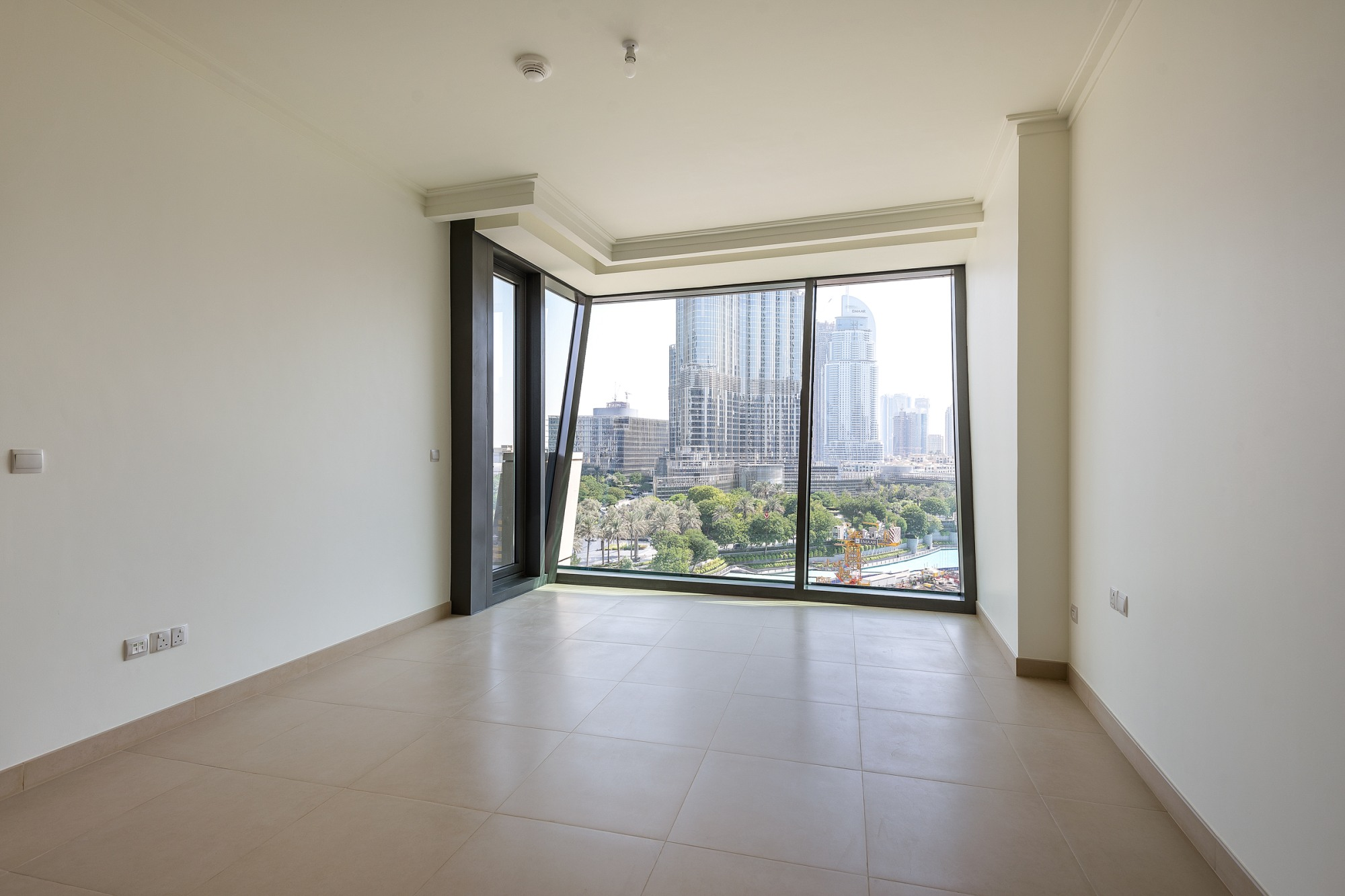 Brand New | Burj Khalifa Views | 1 Bedroom