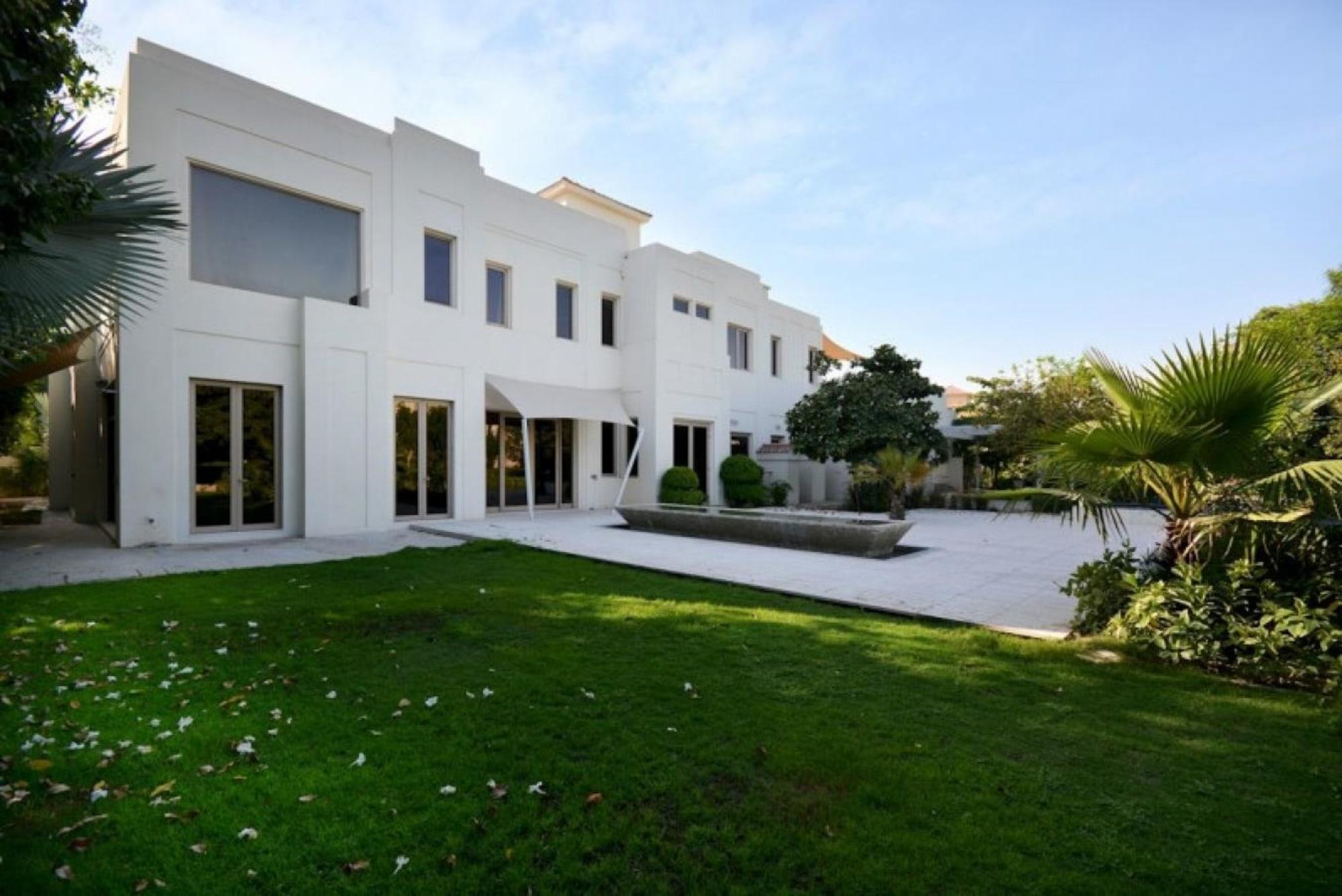 Furnished | Upgraded Villa | Huge Plot