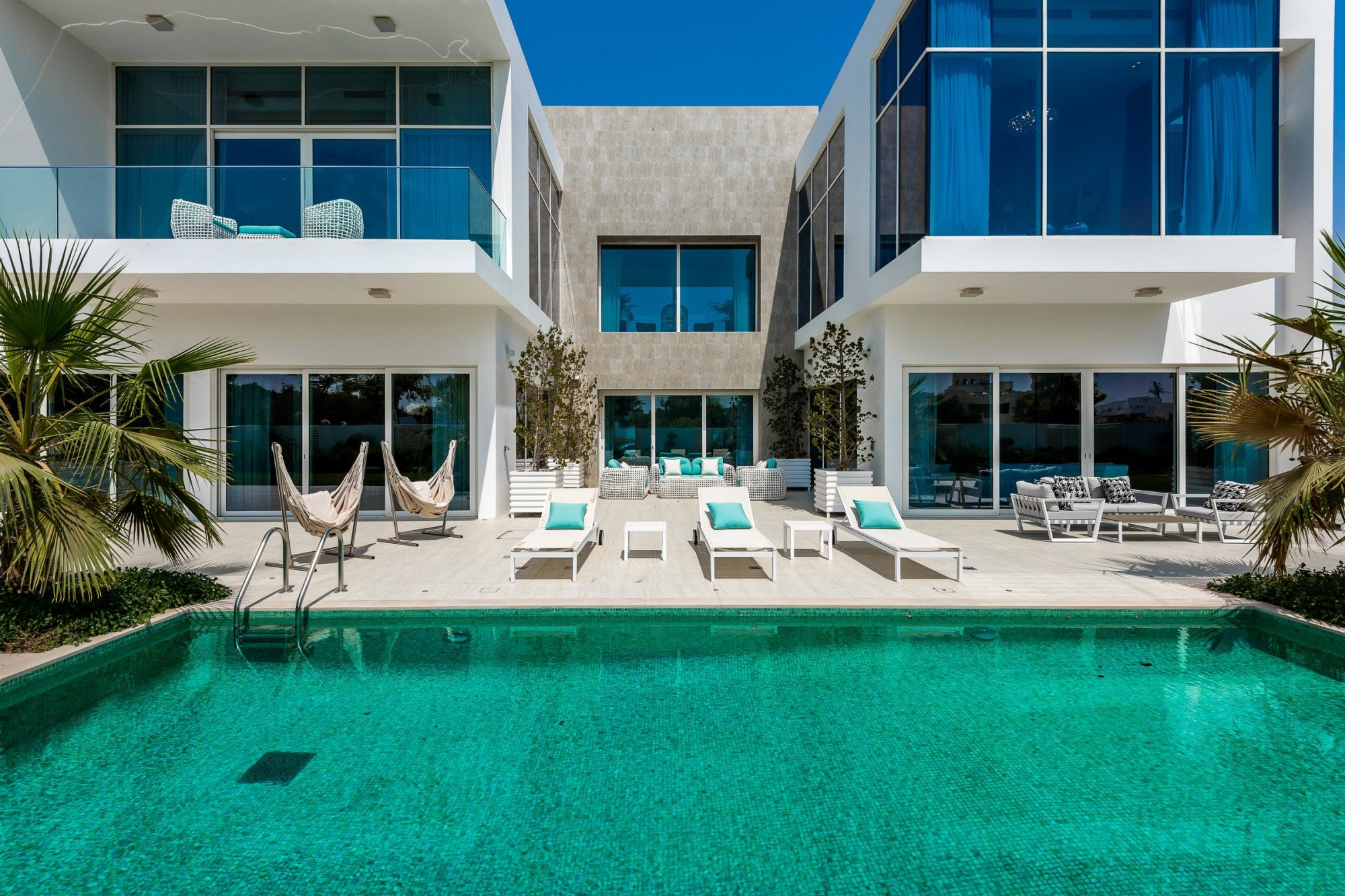 Unfurnished | Contemporary Luxury Villa | Vacant