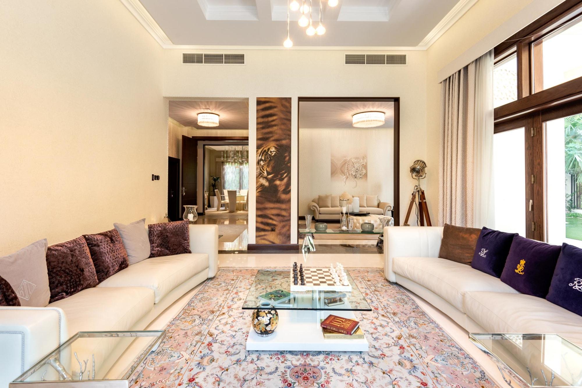 Six Bedroom Furnished | Upgraded | Dahlia