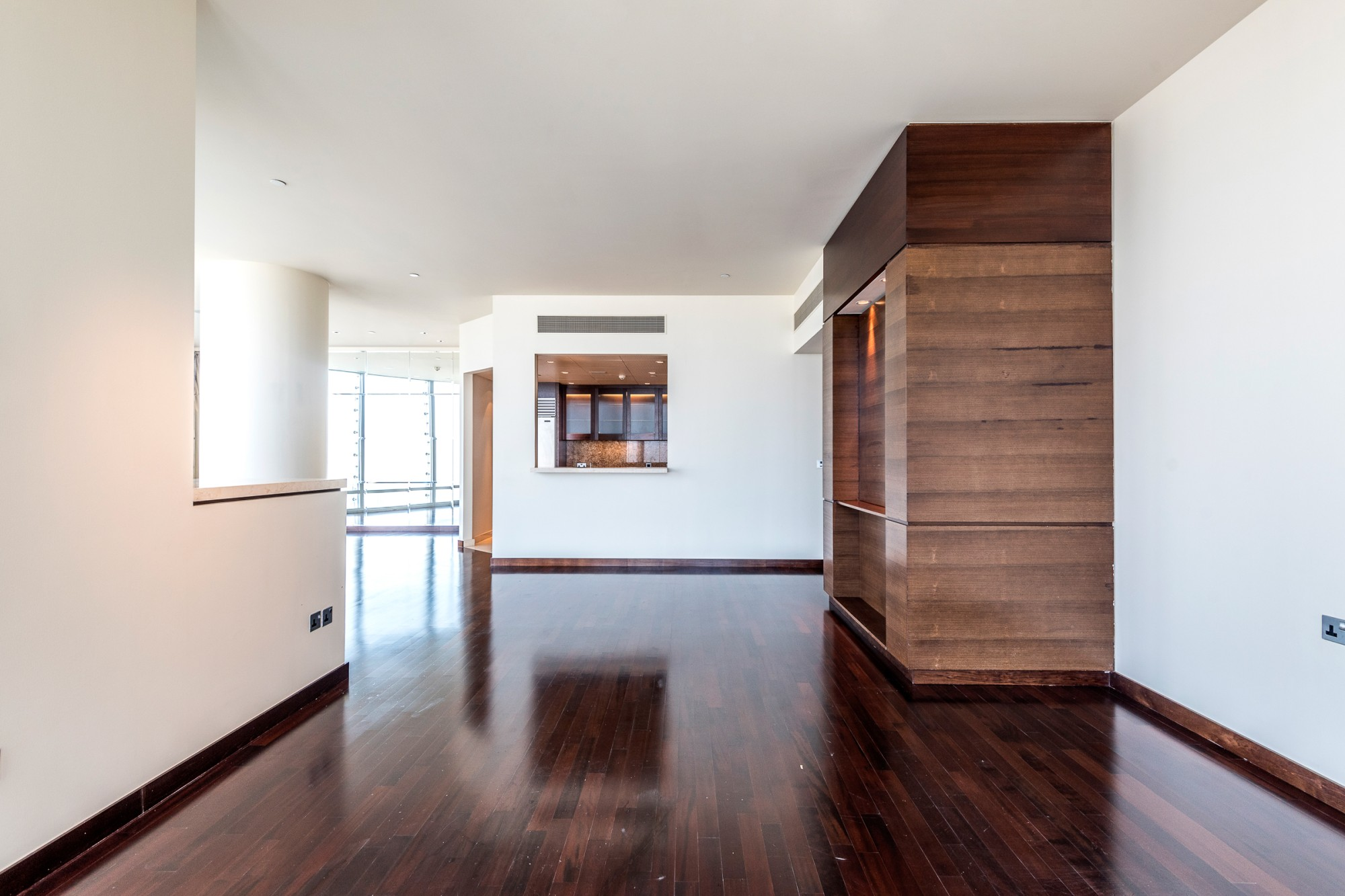 Full floor | High Floor | Best deal in Market