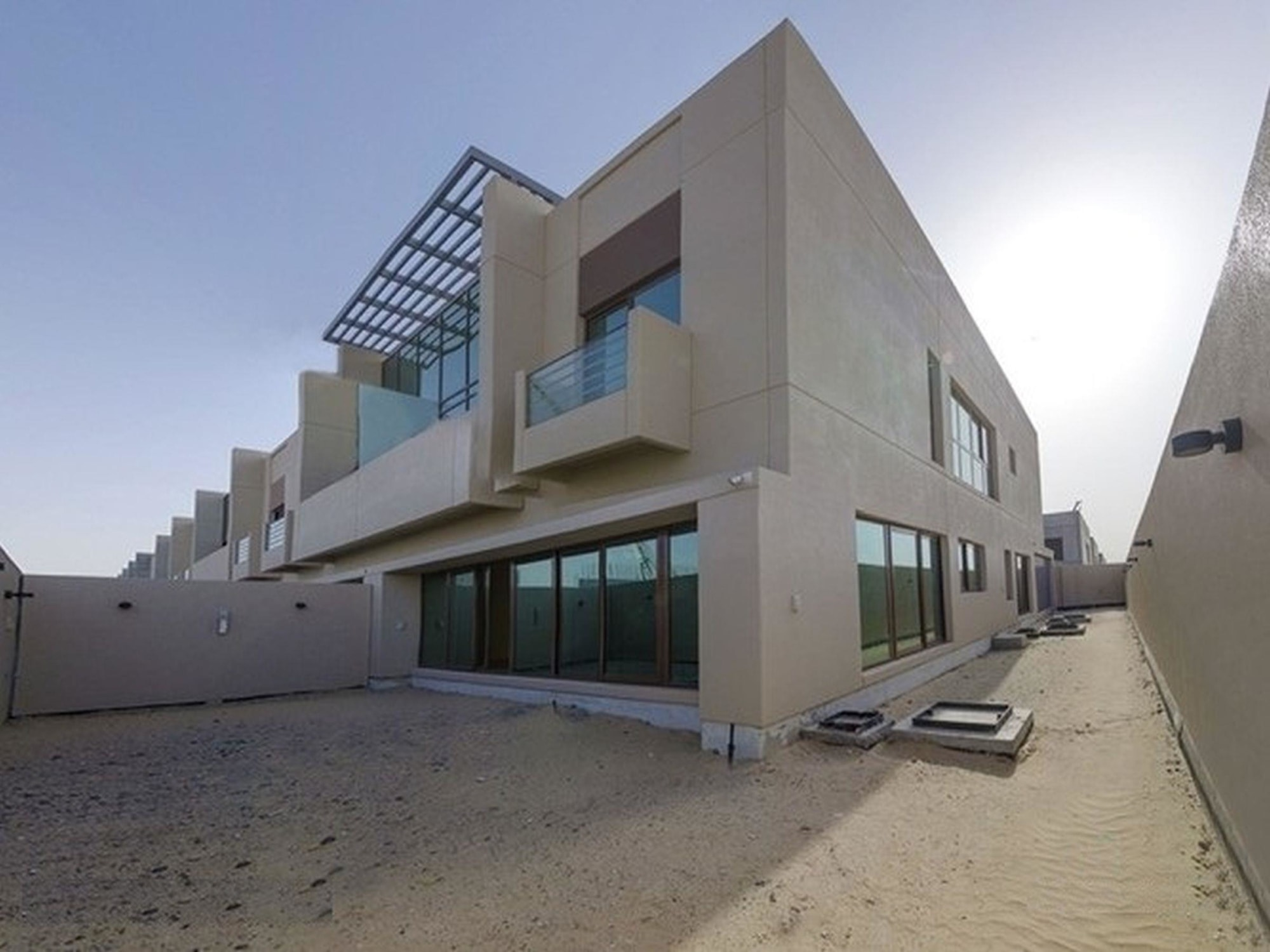 Spacious 4 Bedroom Townhouse in Meydan