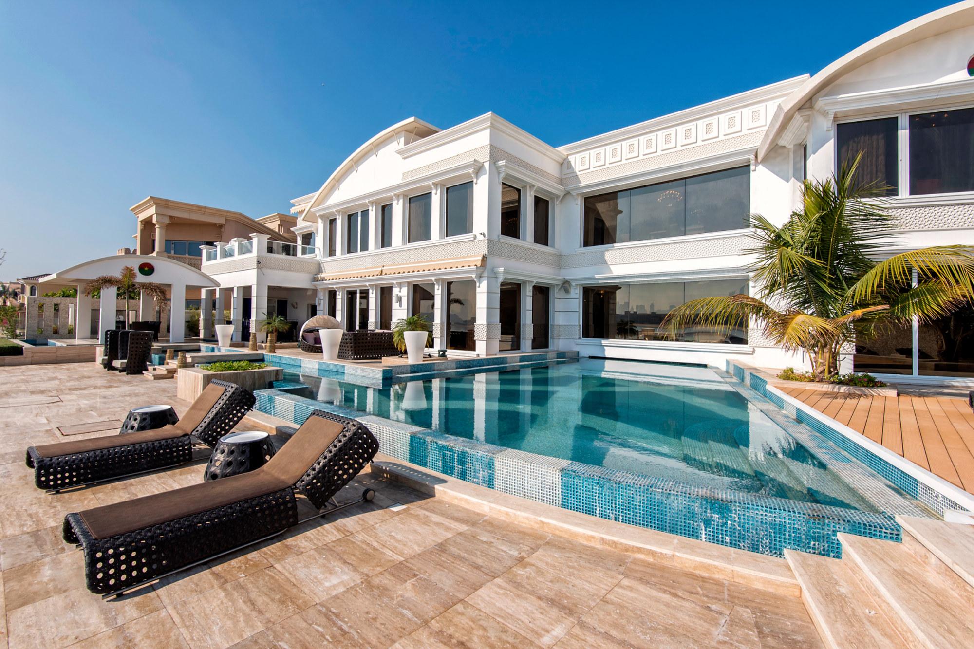 fully upgraded palm jumeirah villa gulf sotheby 39 s international realty
