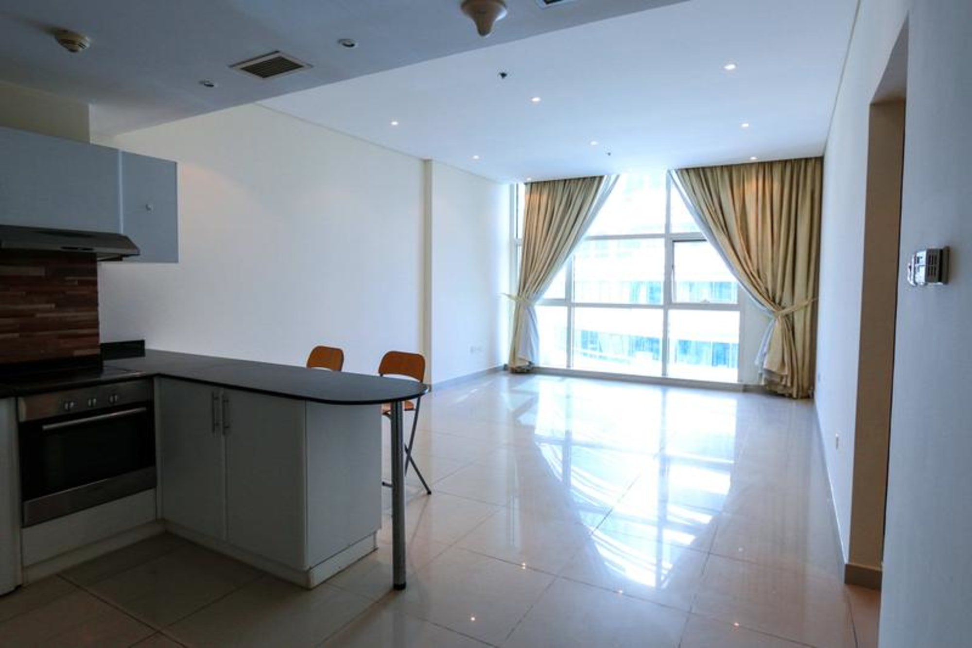 Vacant on Transfer Metro Spot 2 Bedrooms