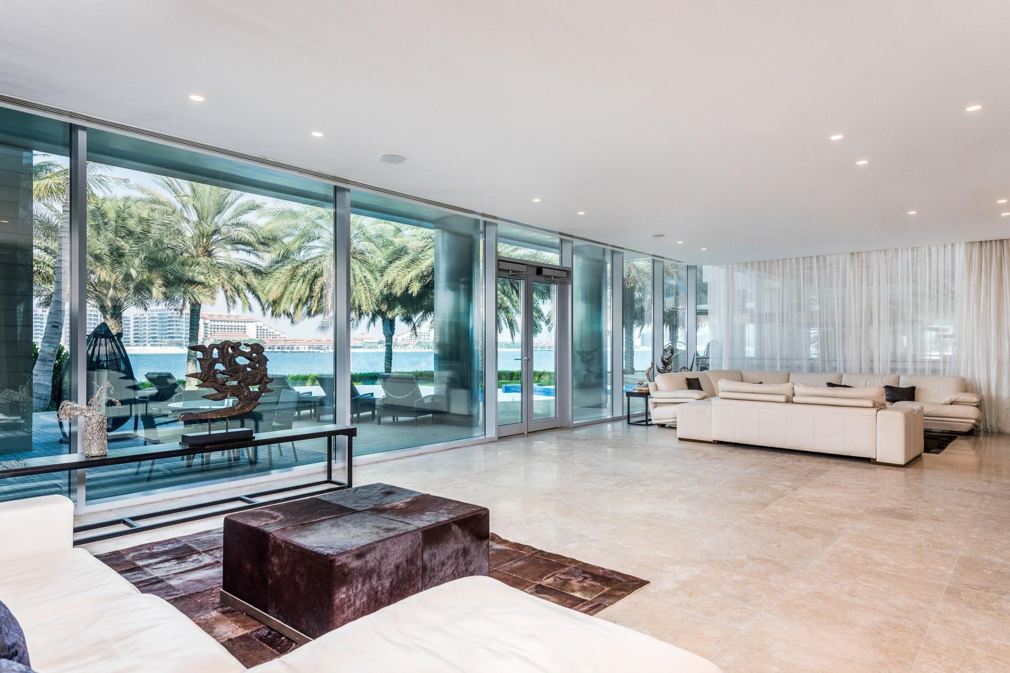 Private Palm Jumeirah| Beachfront Palace