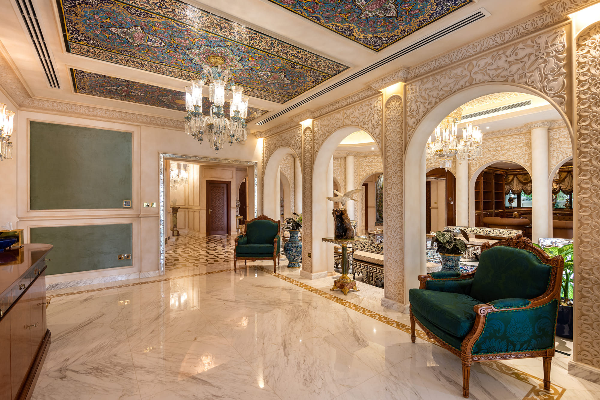 Arabic Grand Courtyard Signature Villa
