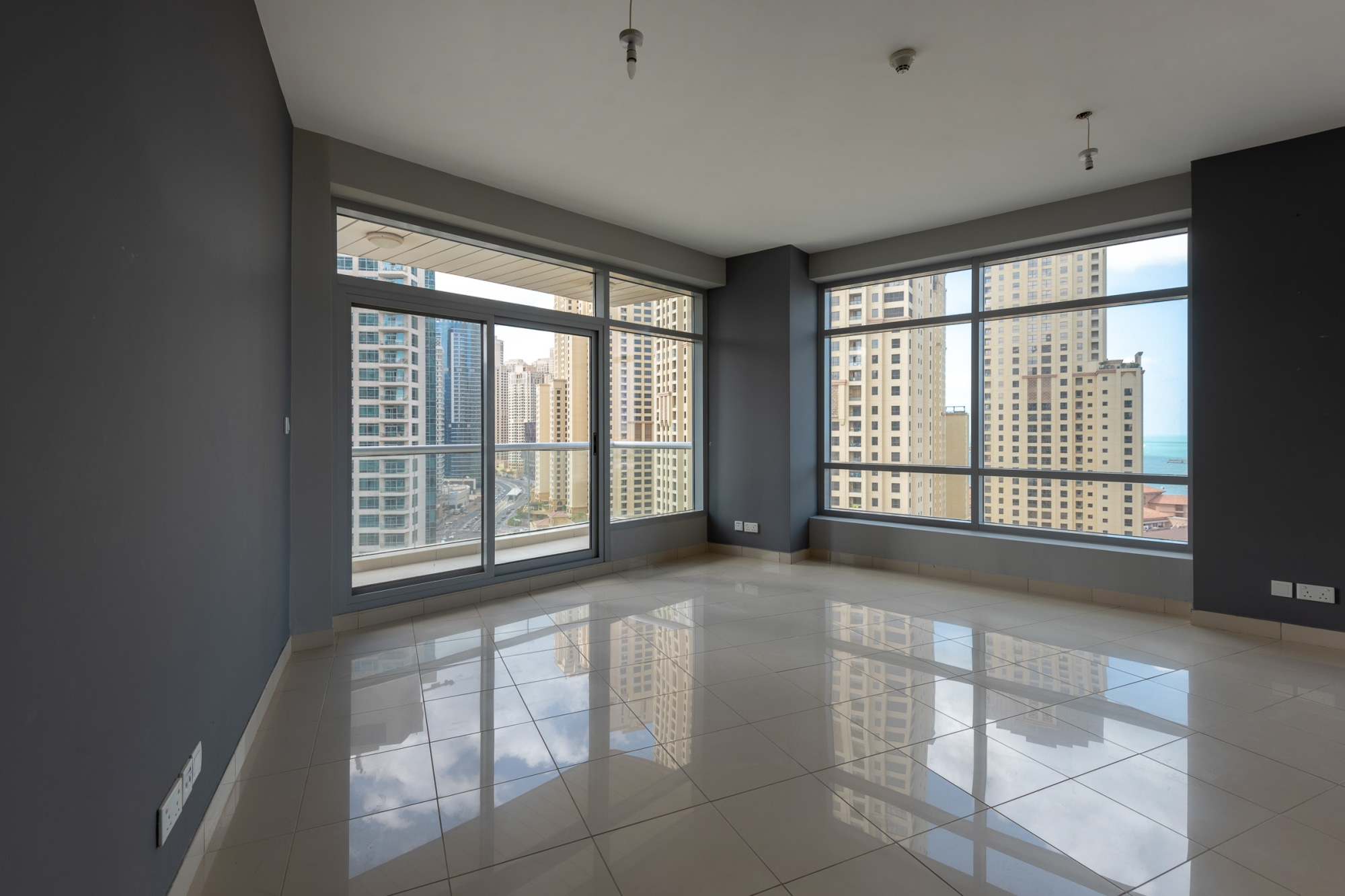 Spectacular   One Bed  Study   Available