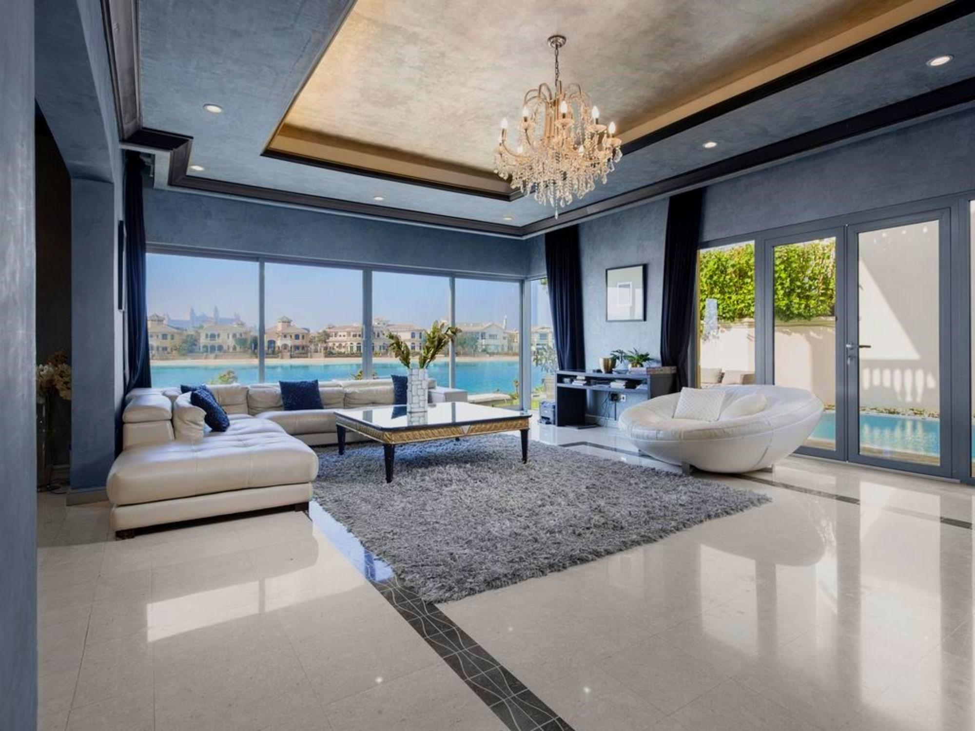 Grand Foyer Type 4BR Villa Atlantis View