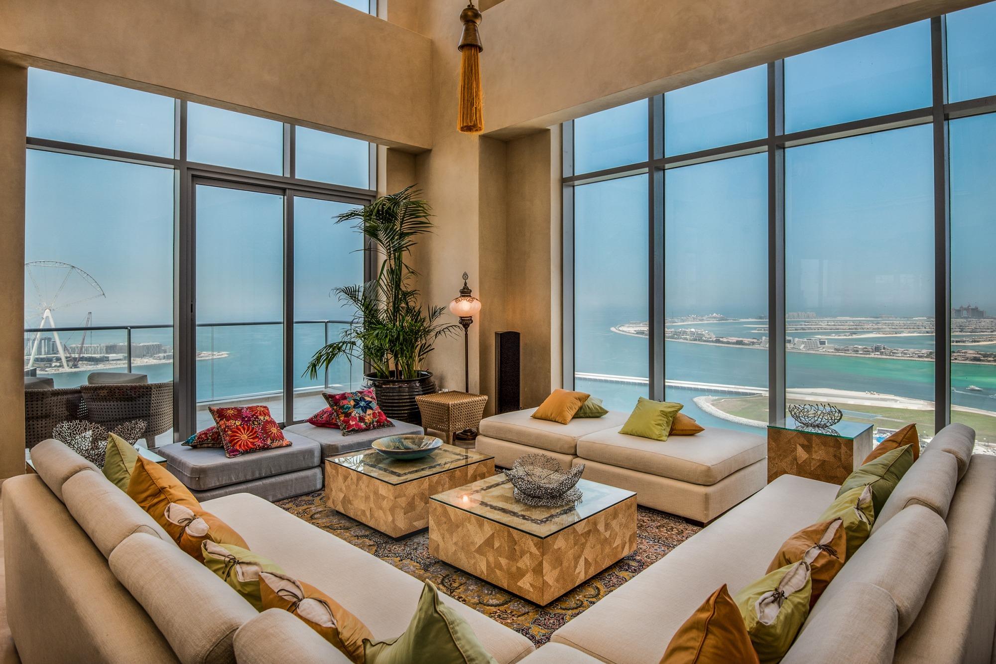 Stunning View |Custom Furniture | Private Elevator