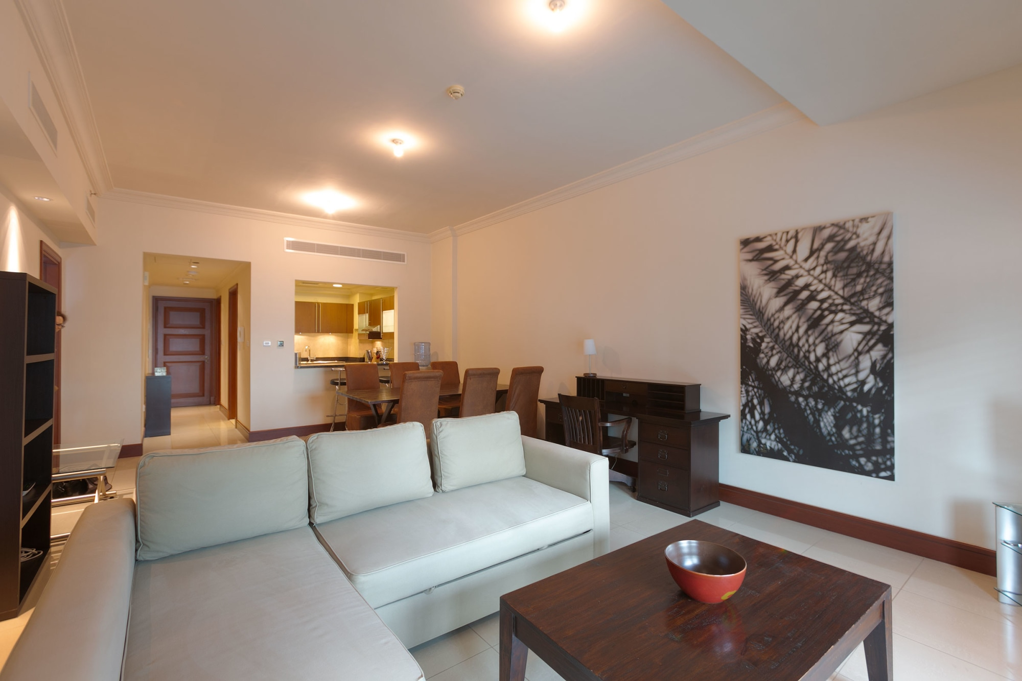 Newly Decorated | Fully Furnished 1 Bed
