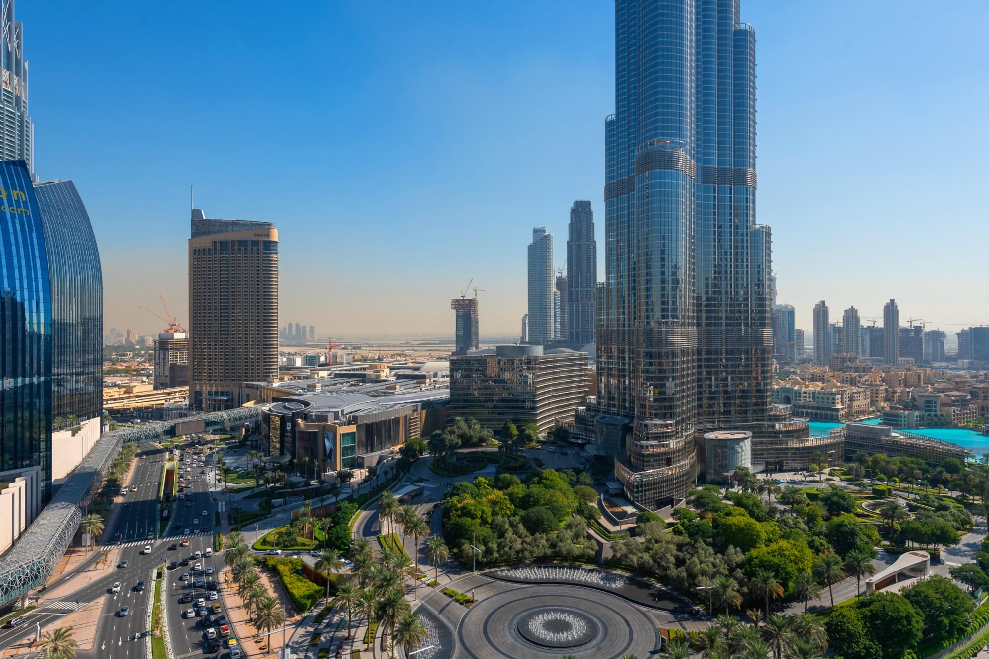 Full Burj Khalifa View Large Layout