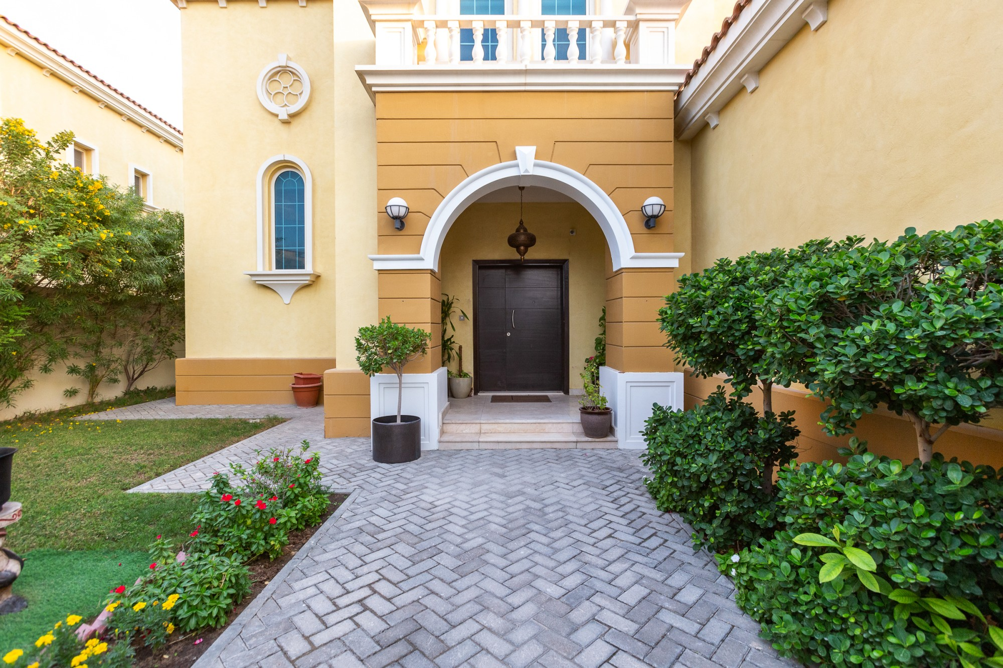 Three Bed | Legacy Large Villa |For Rent