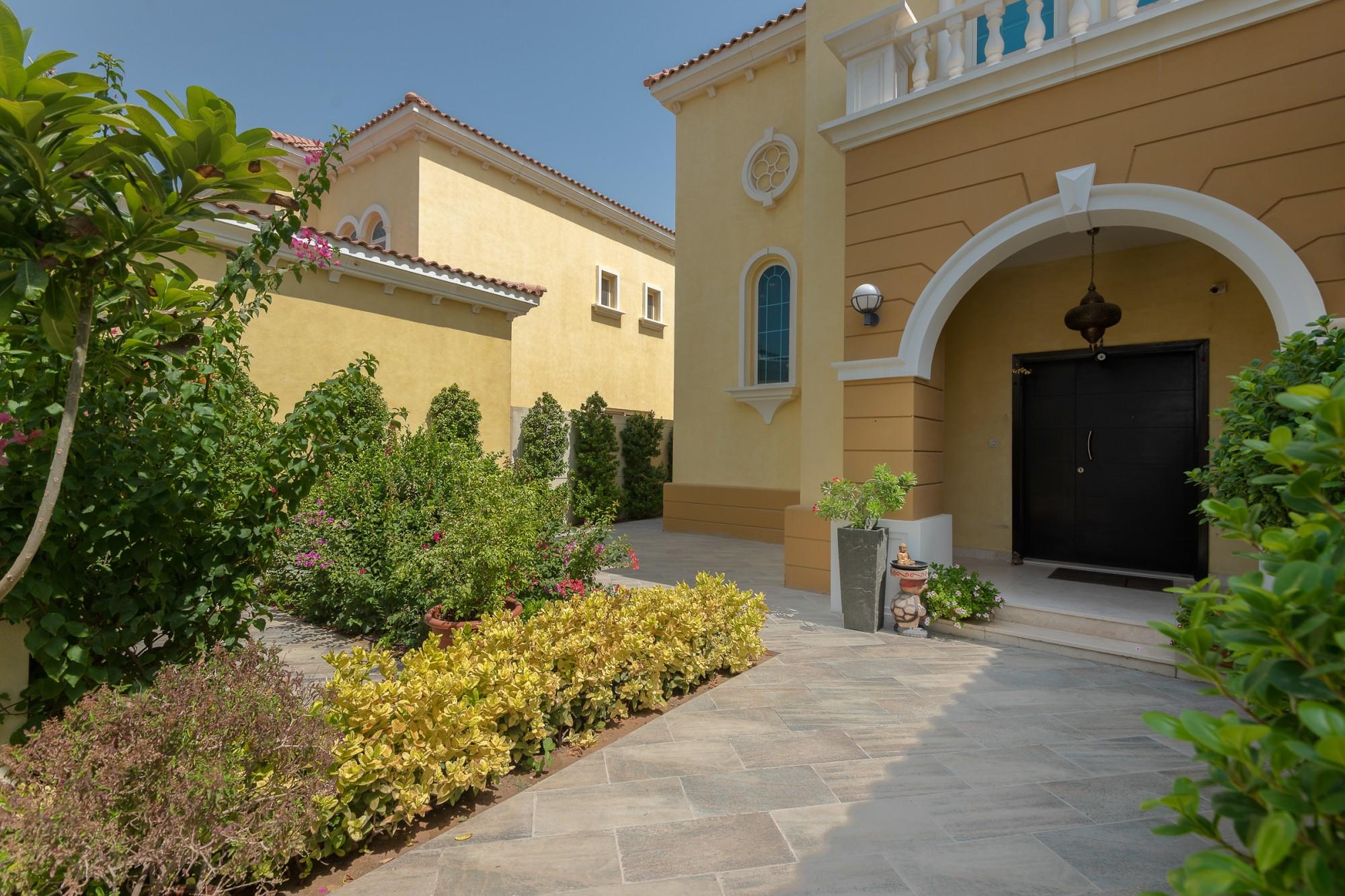 3 Bedroom Large | Vastu Villa | District 6