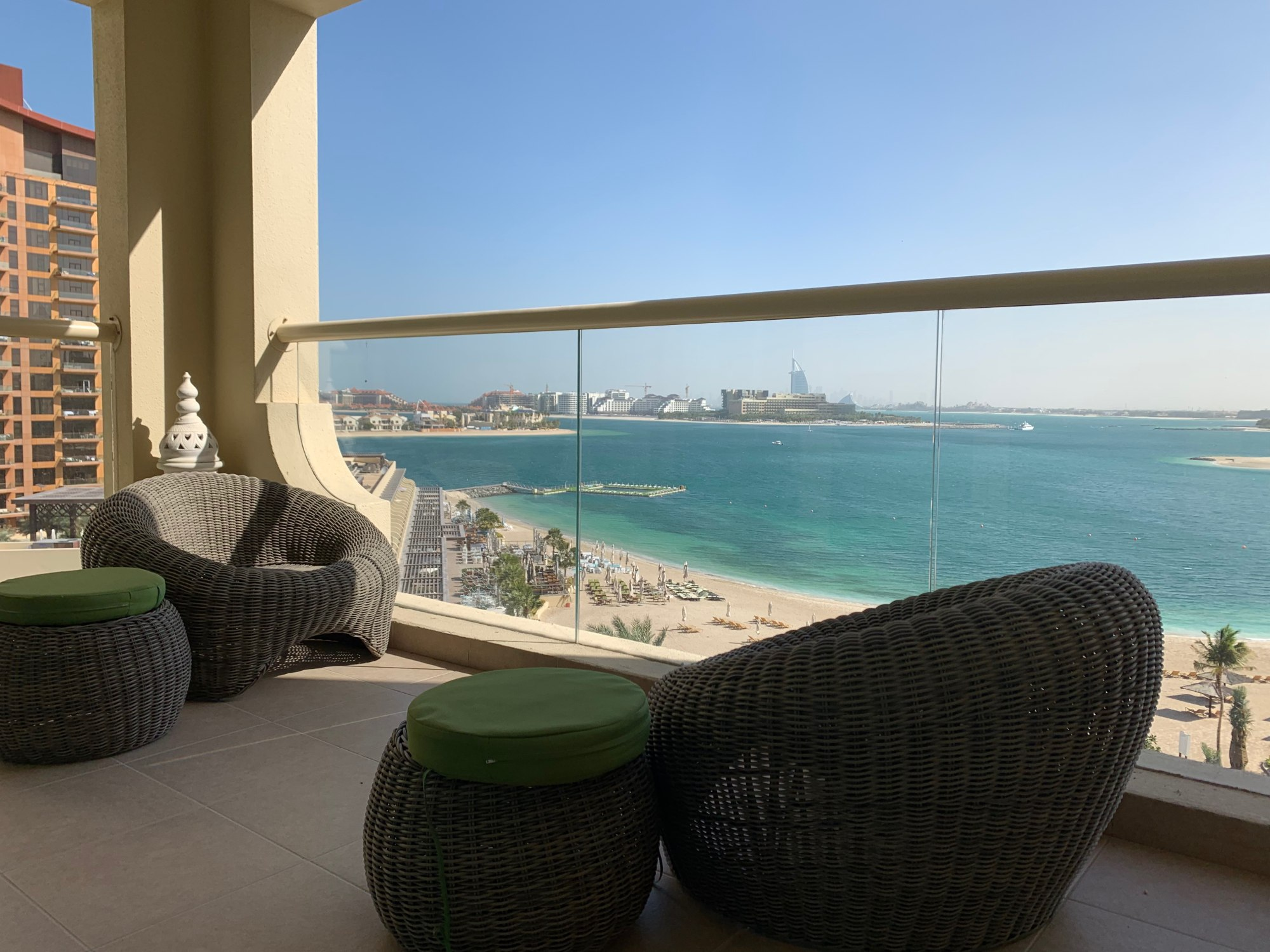 Sea Facing | Fully Furnished One bedroom