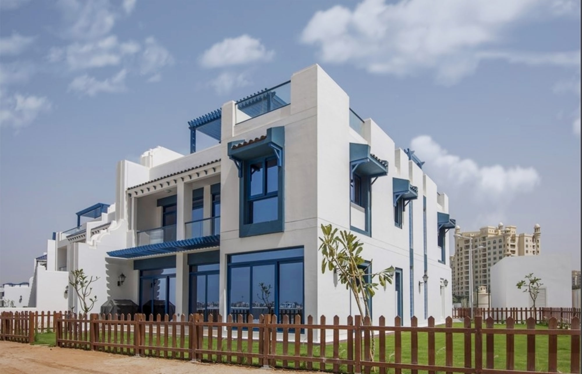 Amazing Townhouse 5BR facing palm villas