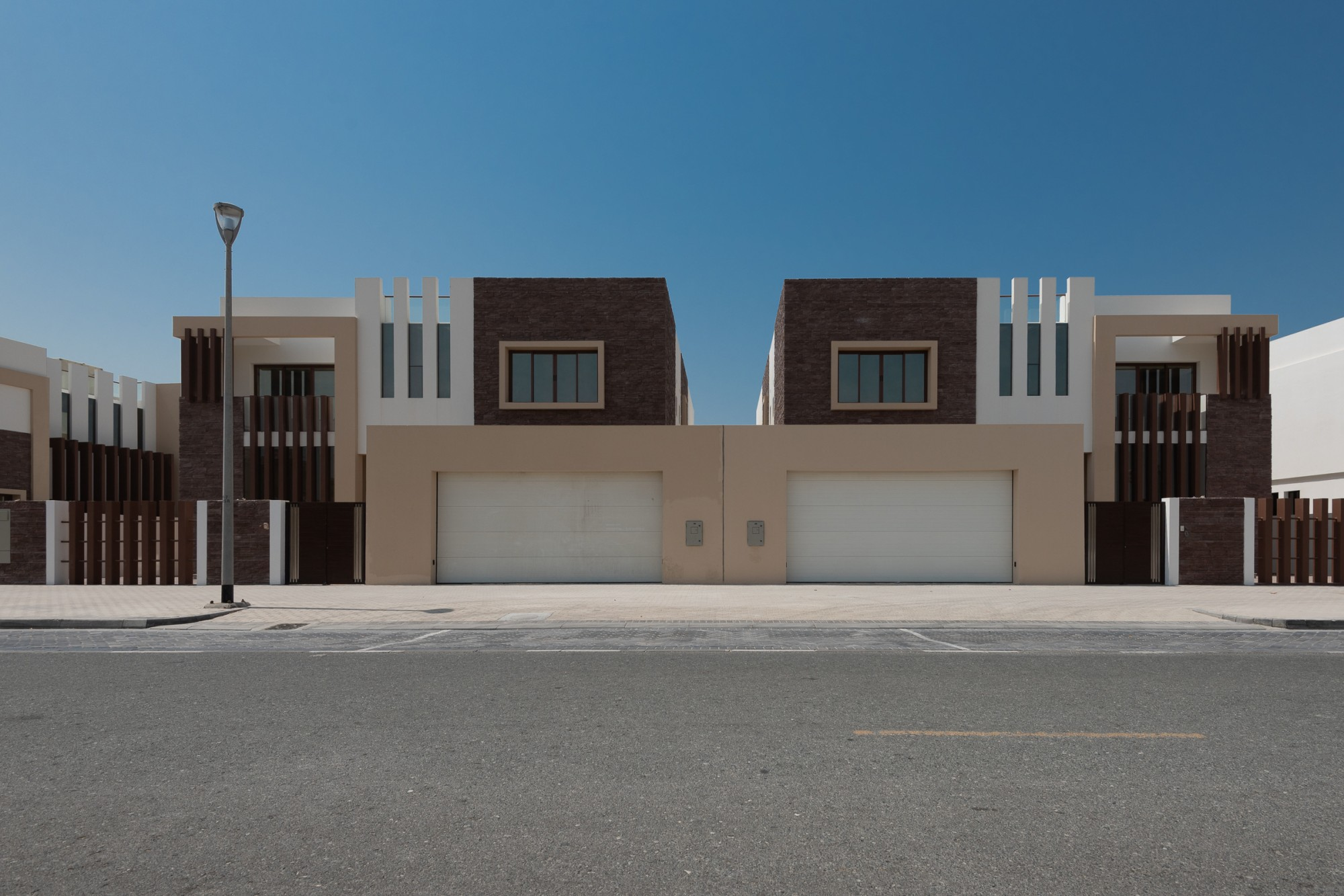 Modern Private 5 Bed Mansion in Jumeirah Park