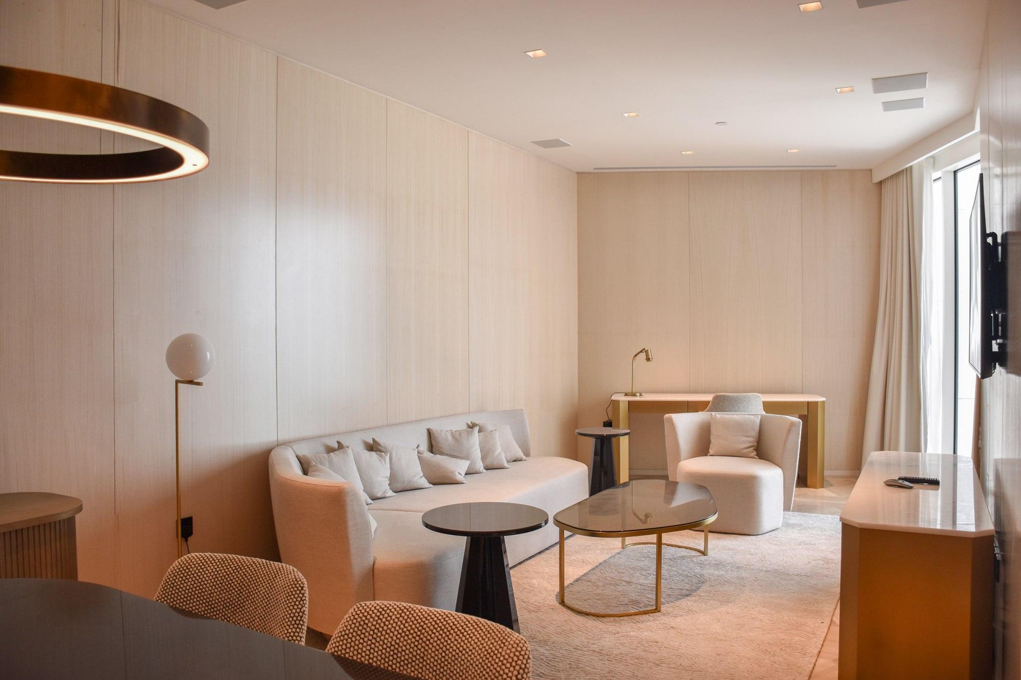 5 Star Resort Hotel One Bed for Investor