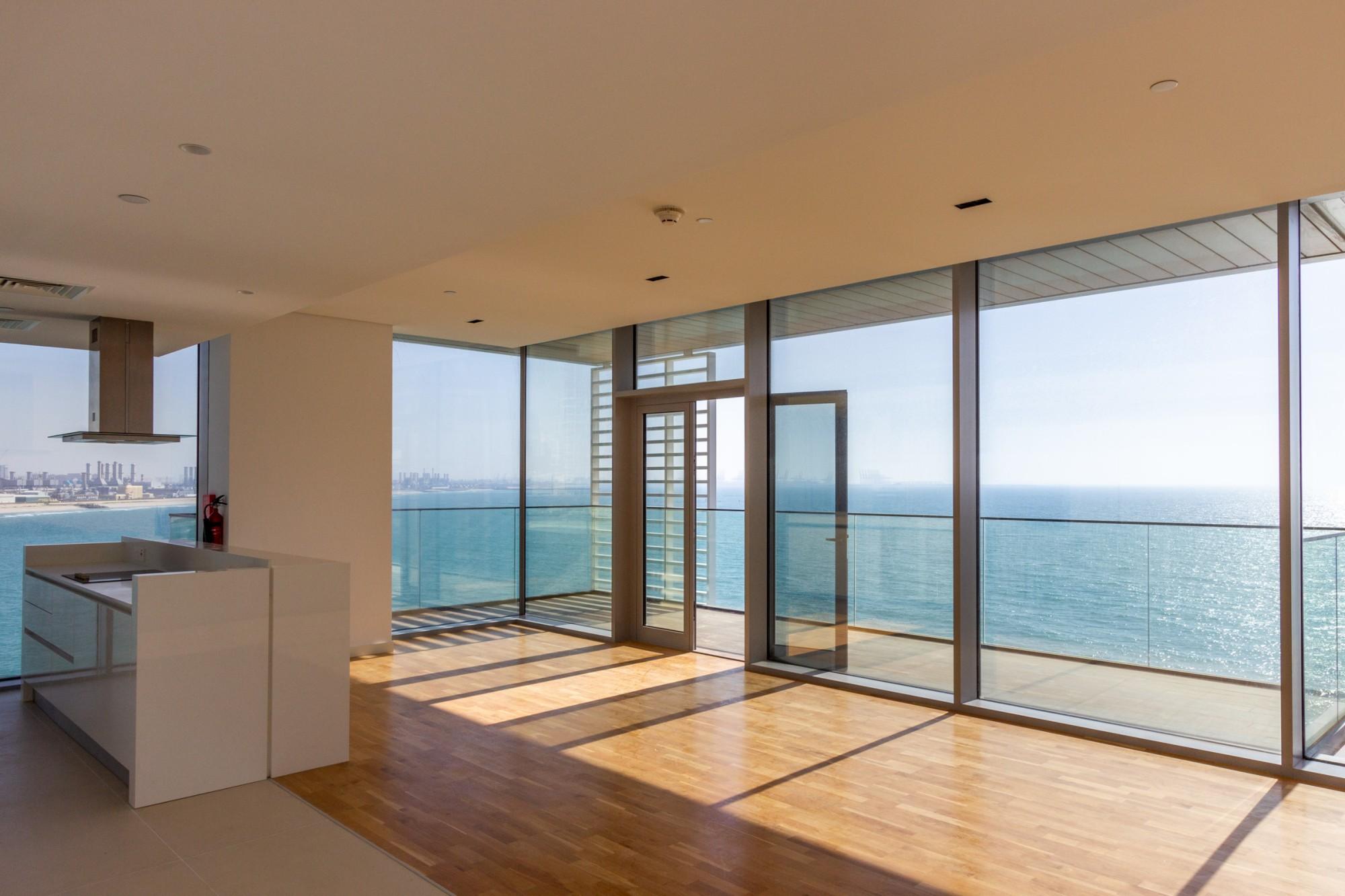 Spacious Balcony | Full Sea View | 4 Bedroom