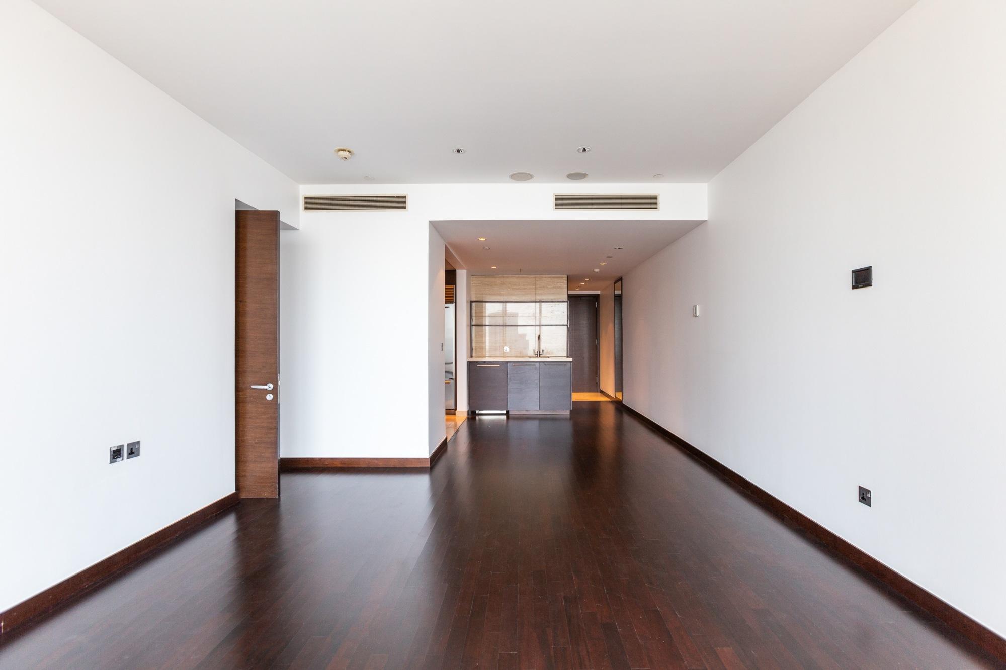 Low Floor   1 Bedroom+Study Apartment   Sea Views