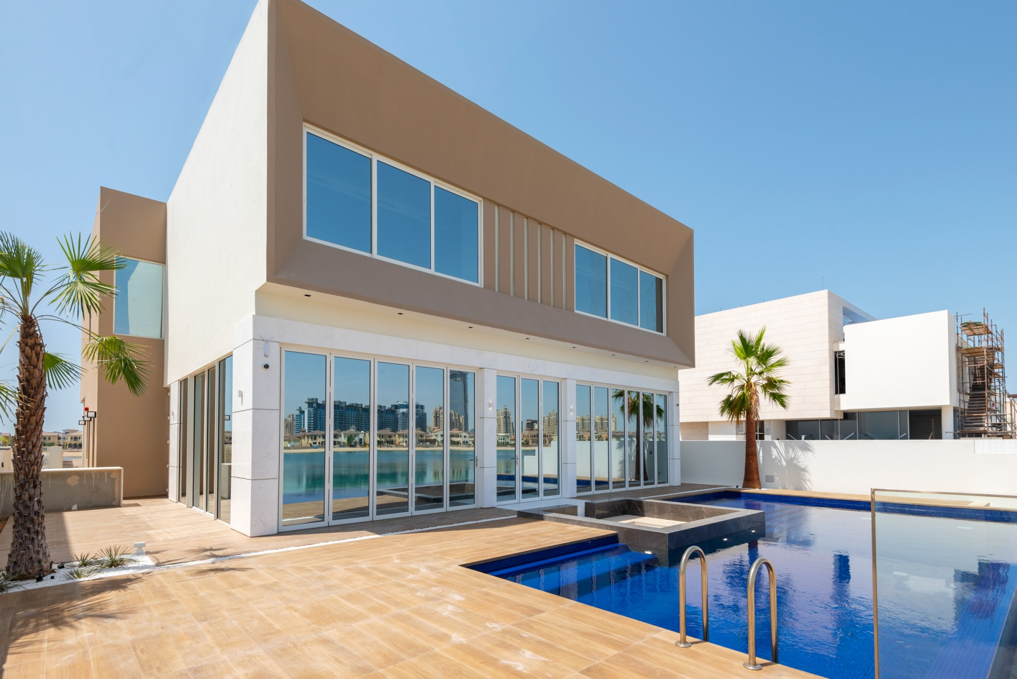 Brand new | Modern design| Premium location