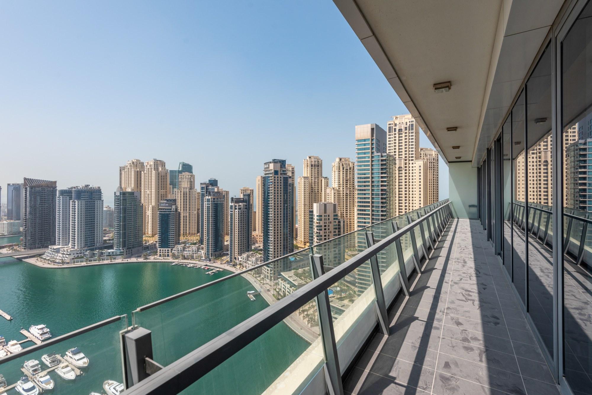Marina View | Metro Link | Spacious 3 Bedroom