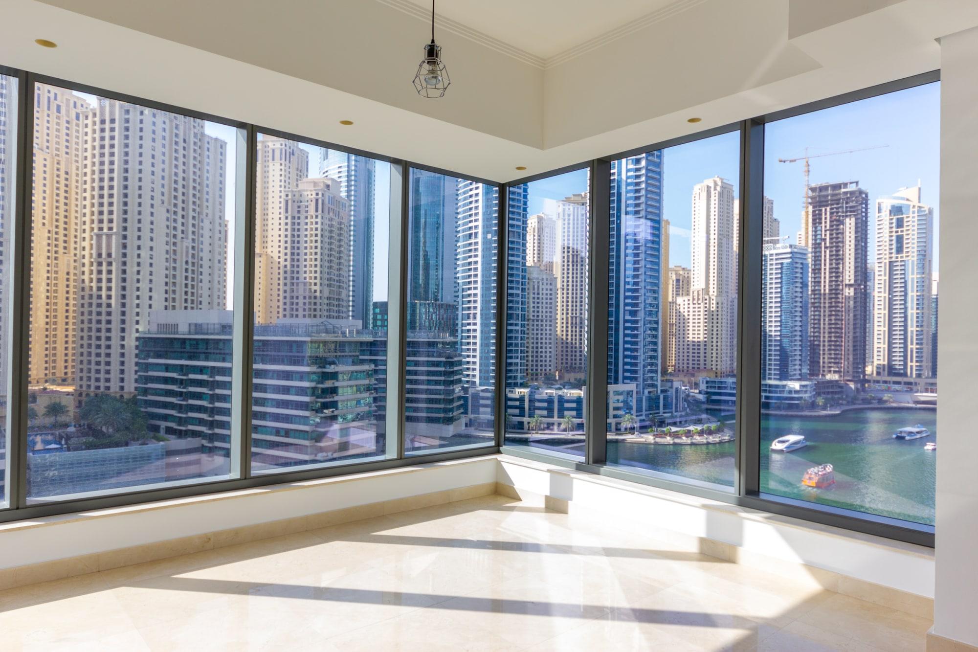 Incredible Marina Views | Metro Link | Spacious