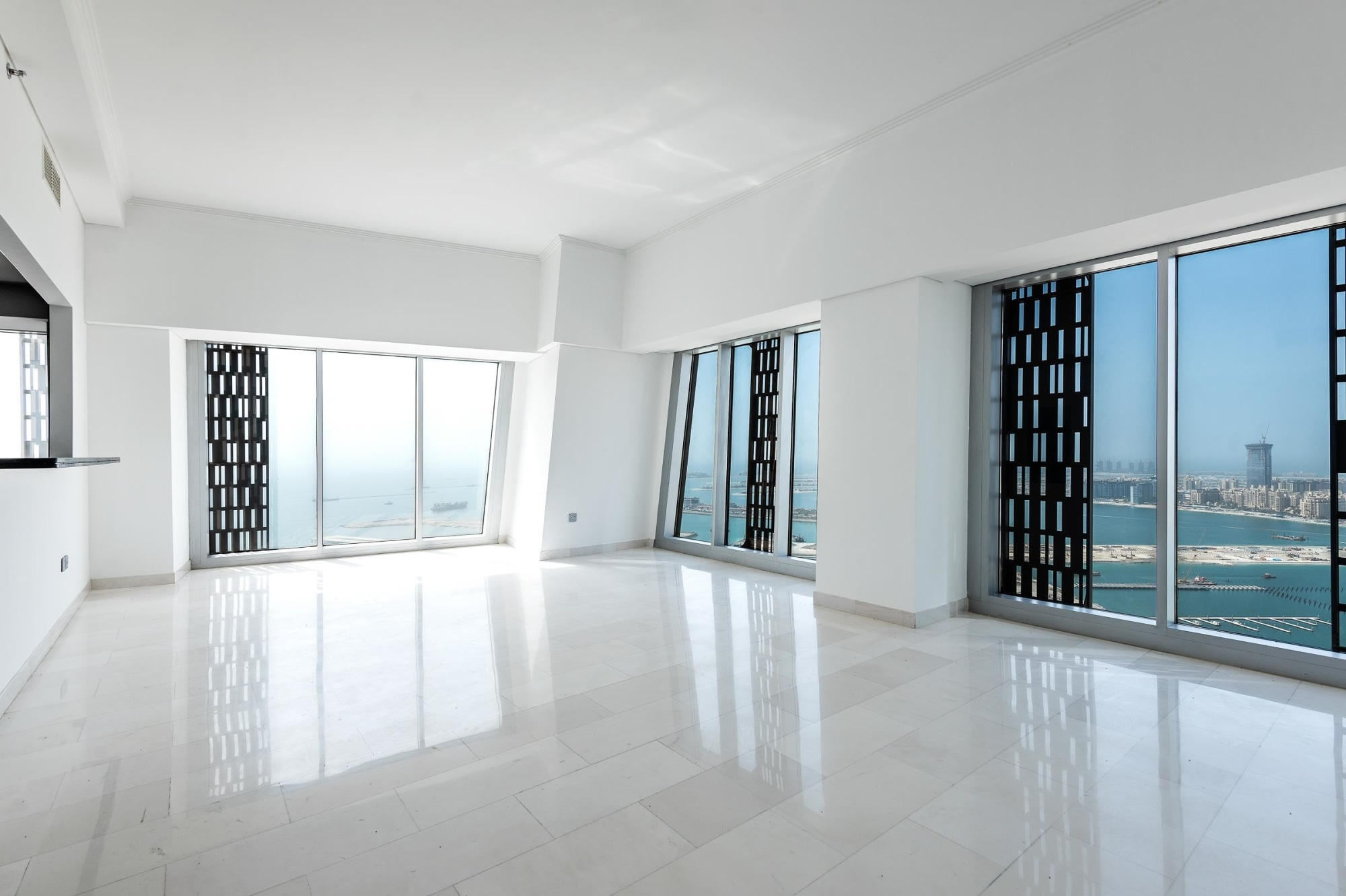 3 Bedroom Apartment | High Floor | Sea View