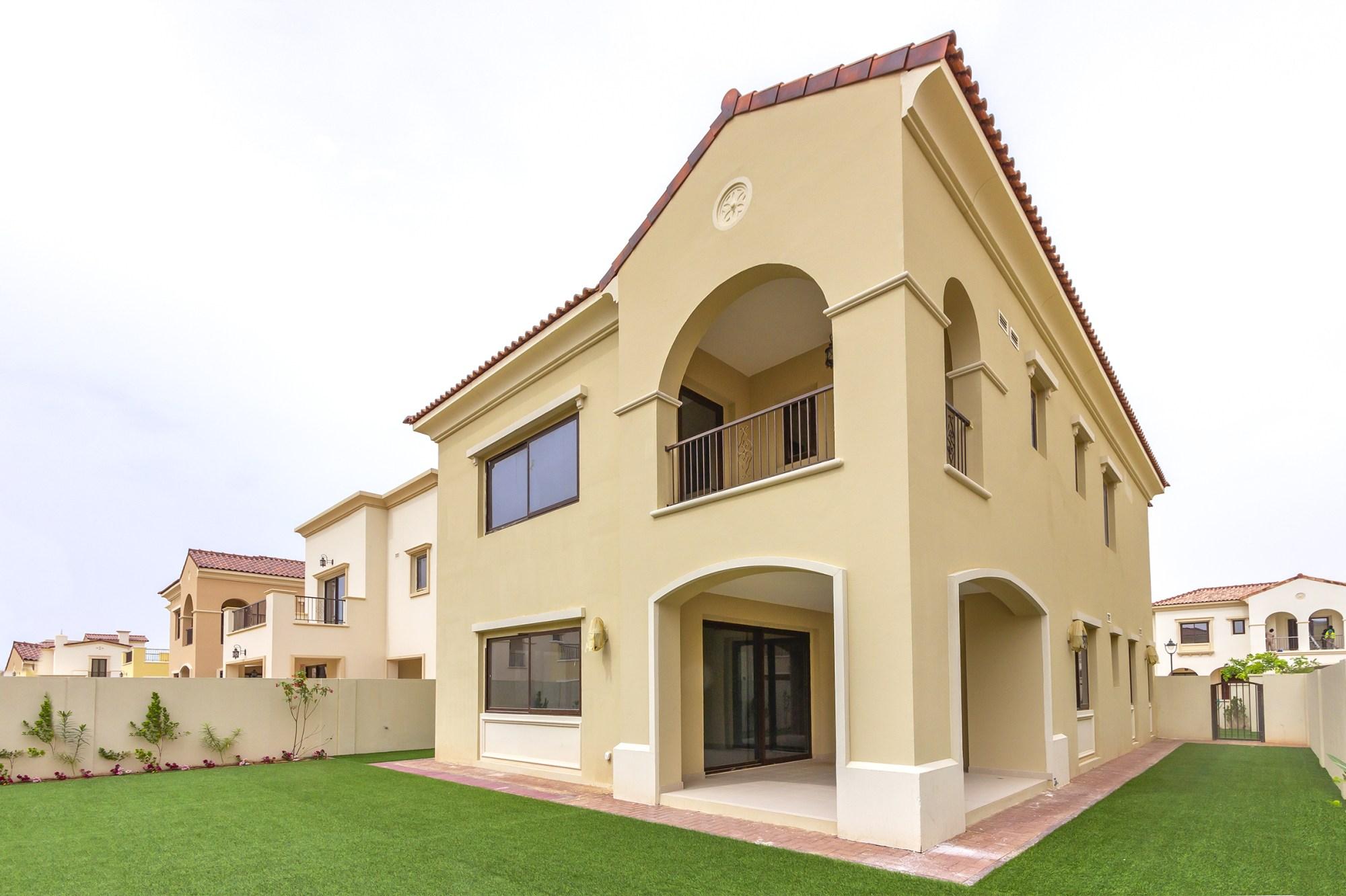 Brand New Landscaped Villa in Quiet Location