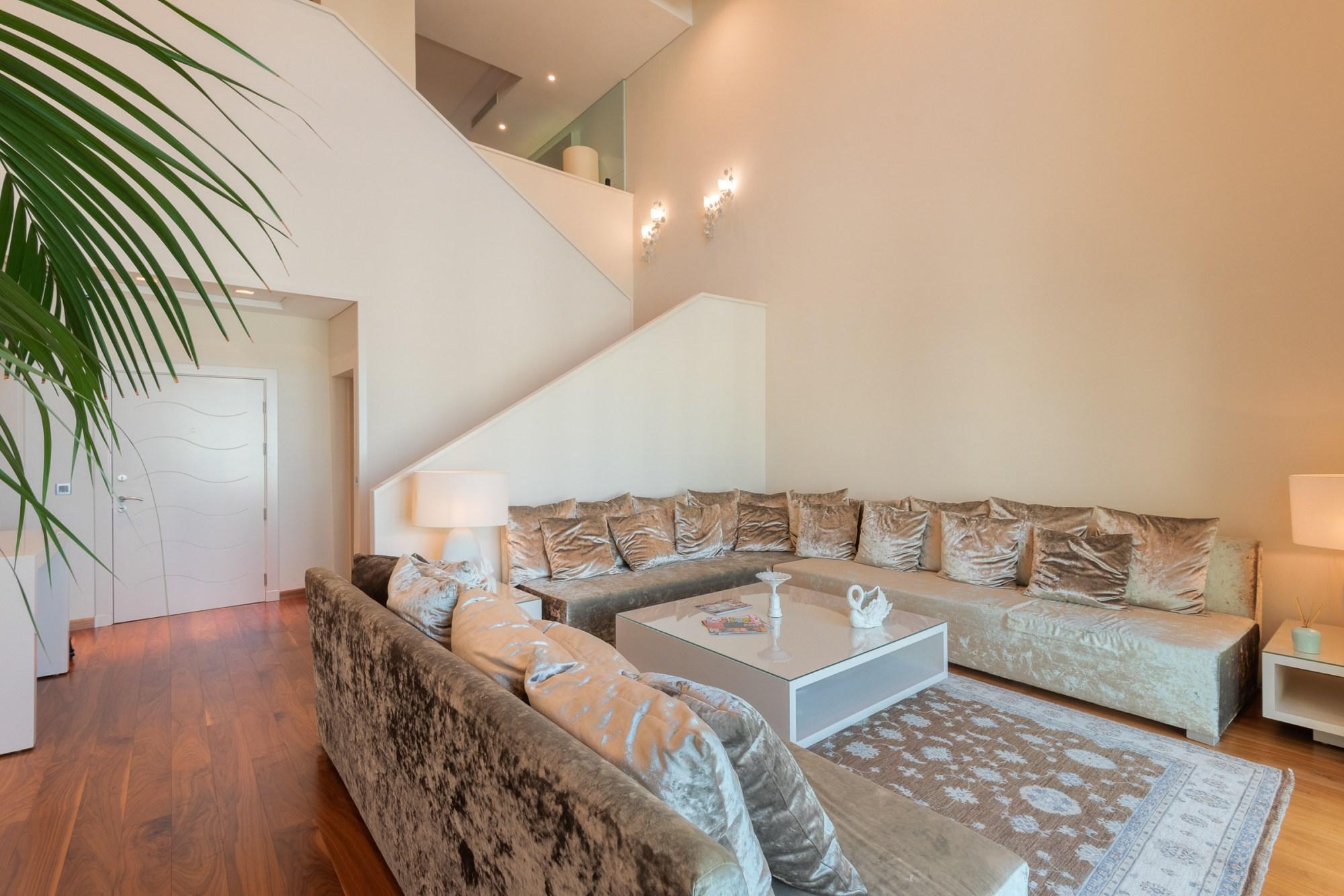 Stunning Duplex | 4 Bedrooms | Penthouse