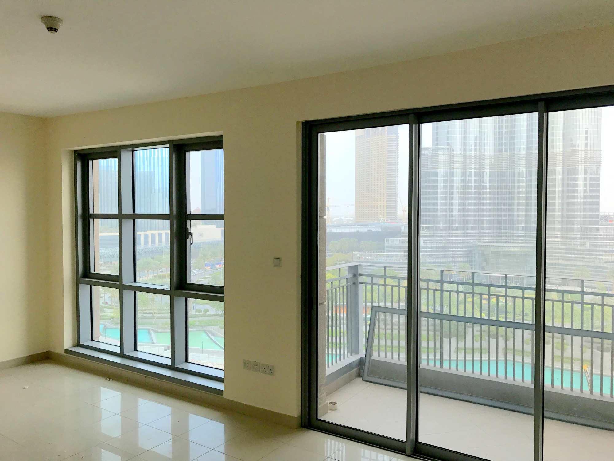 Two Bed   Front Unit   High Floor