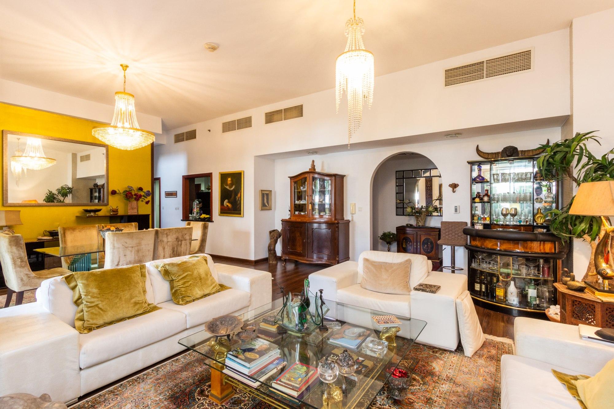 Fully Furnished | 4 BR Duplex | Nice location